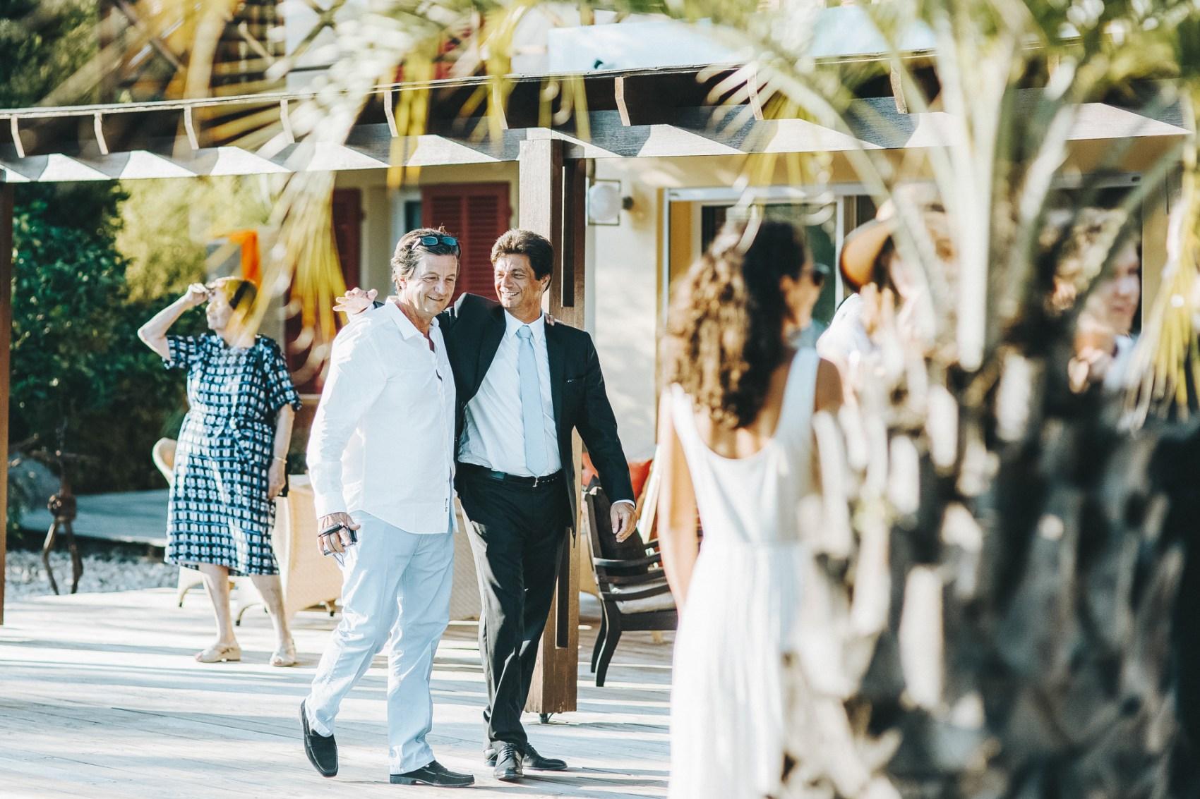 fabien-courmont-mariage-en-corse-bonifacio-16.jpg