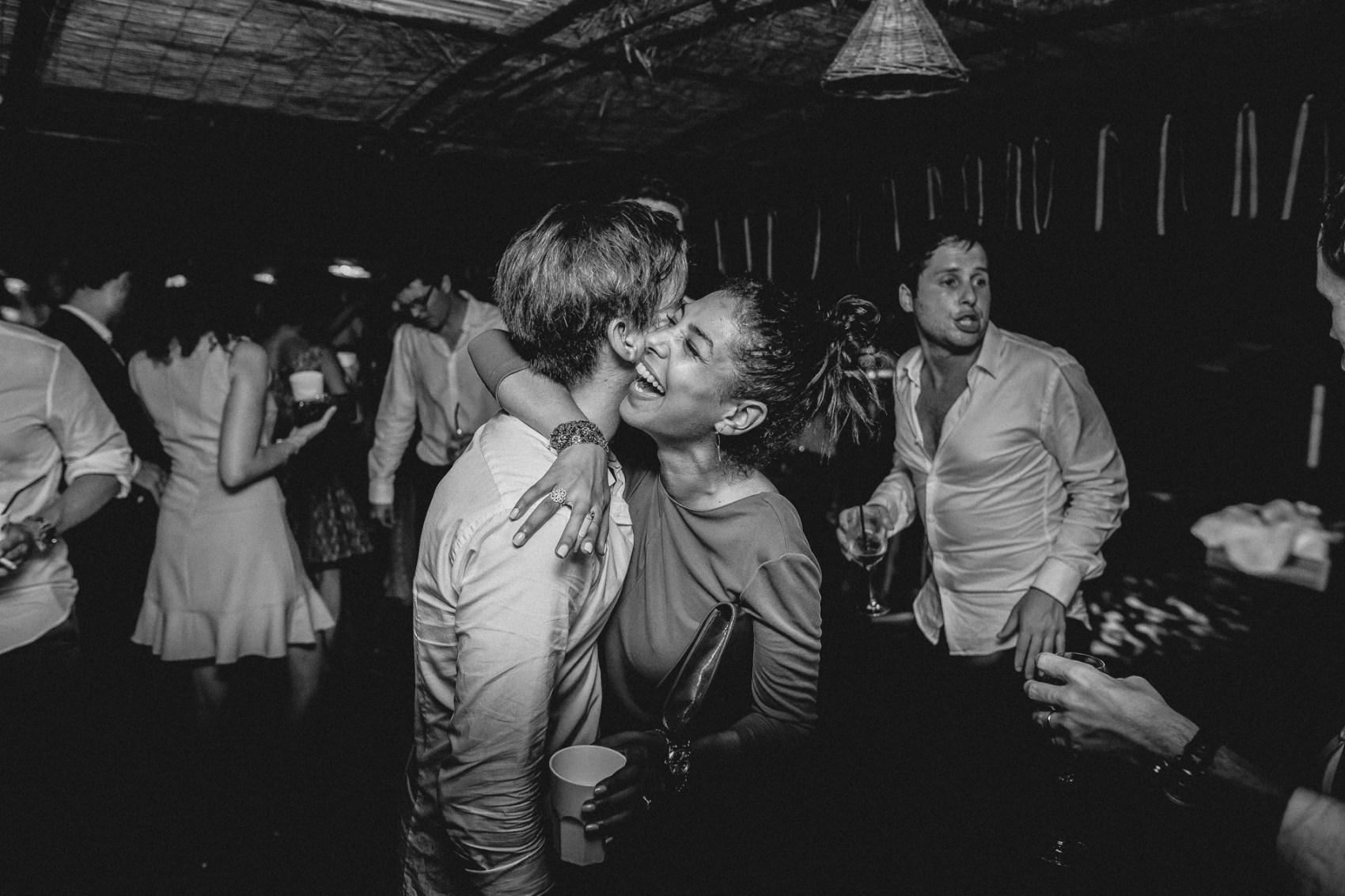 fabien-courmont-mariage-en-corse-bonifacio-68.jpg