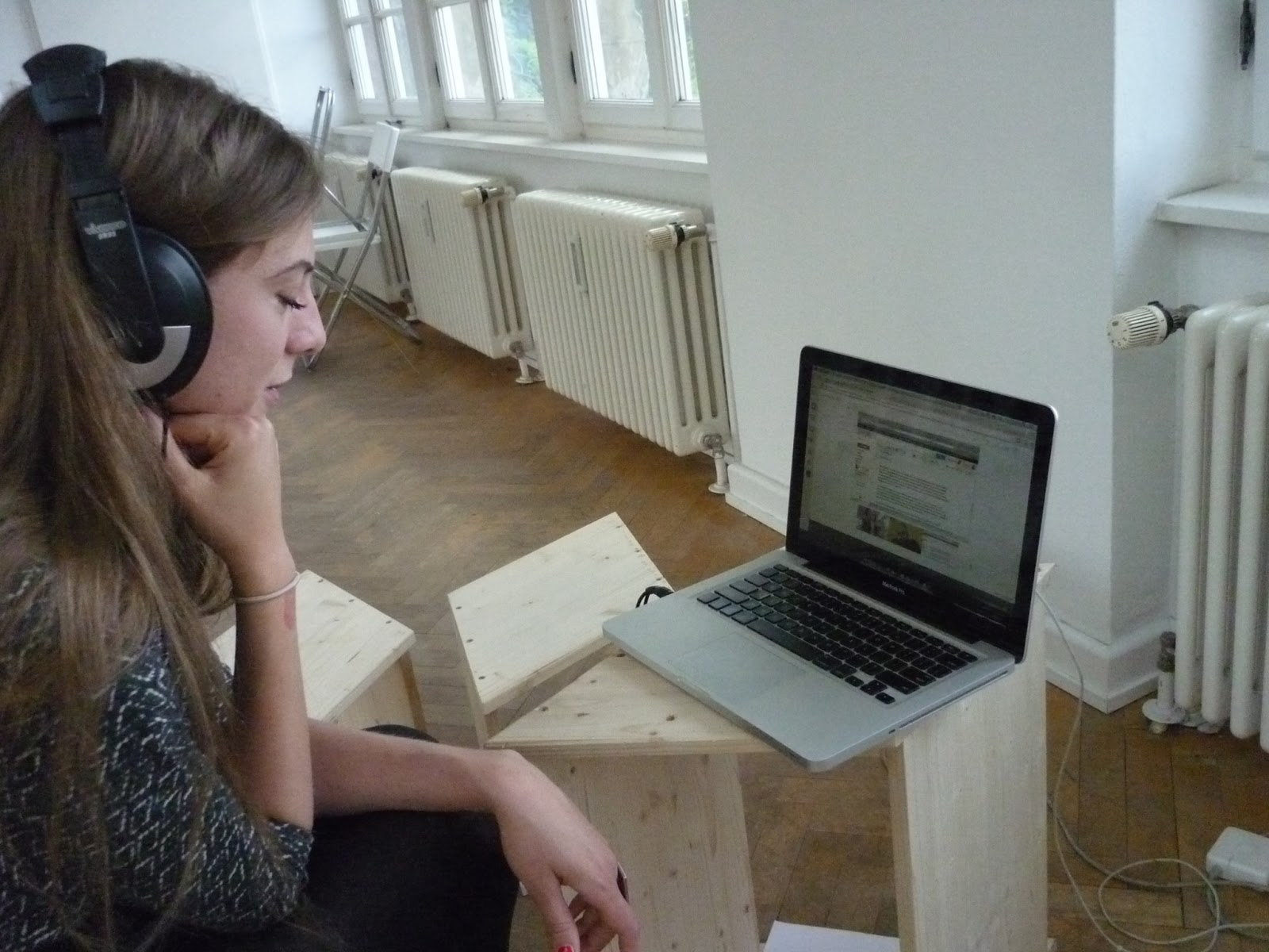 100 days of e-flux , documentation of four hour livestreamed event, 2013