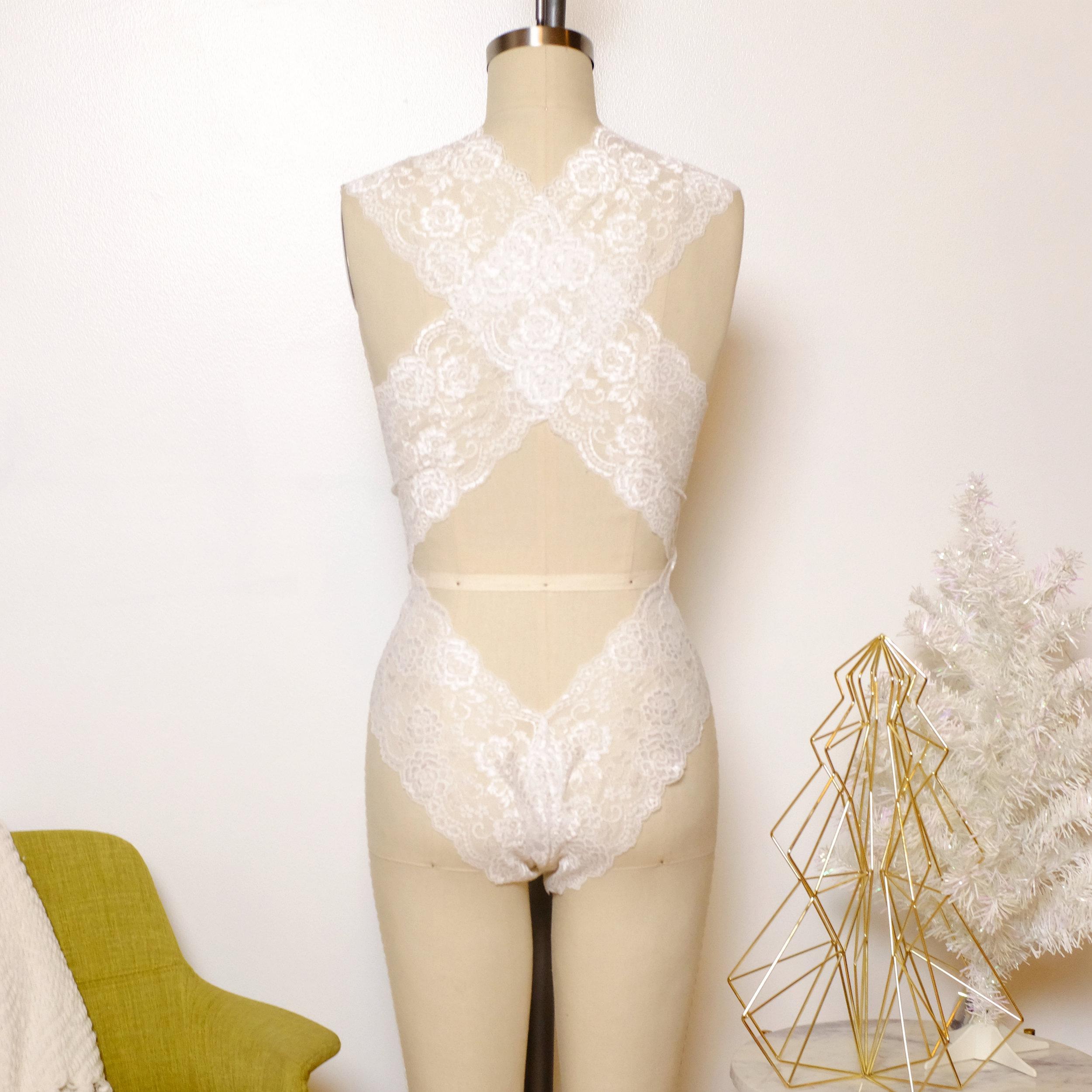 white bodysuit back.jpg