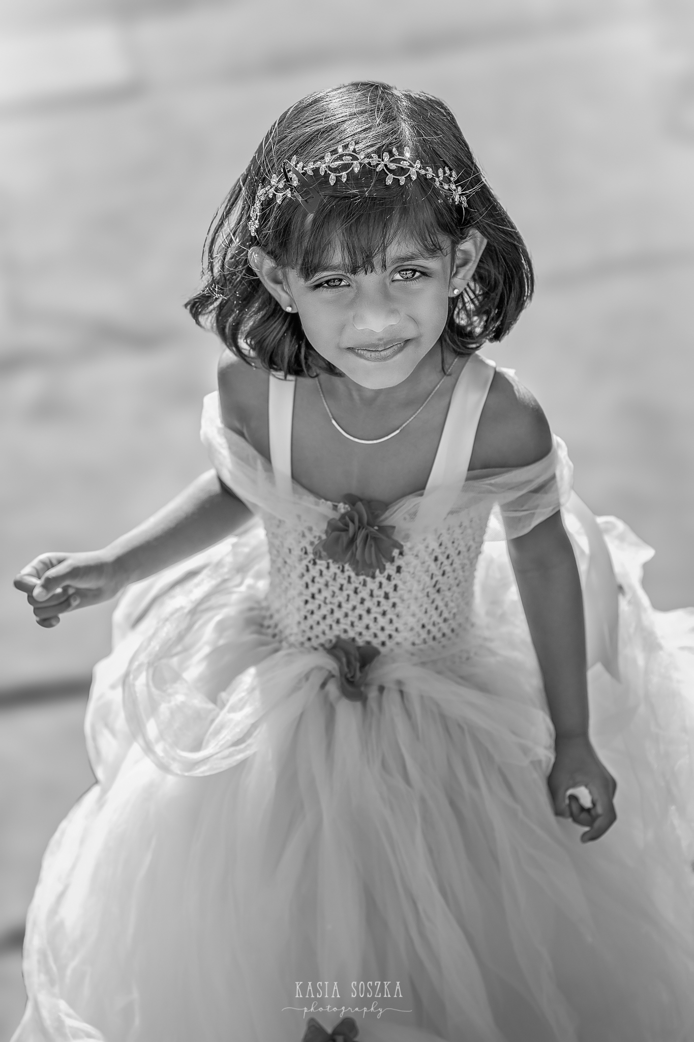 Child photography Leeds, child outdoor princess session Leeds, Yorkshire: beautiful little girl in a yellow princess dress
