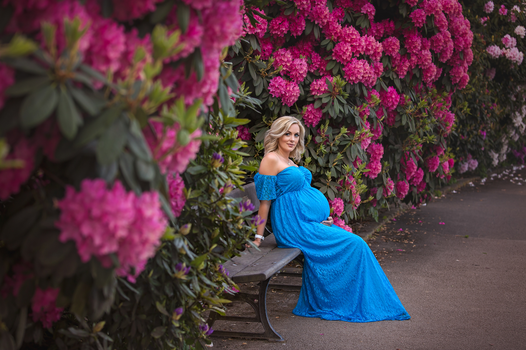 Professional pregnancy photoshoot in Leeds, Yorkshire