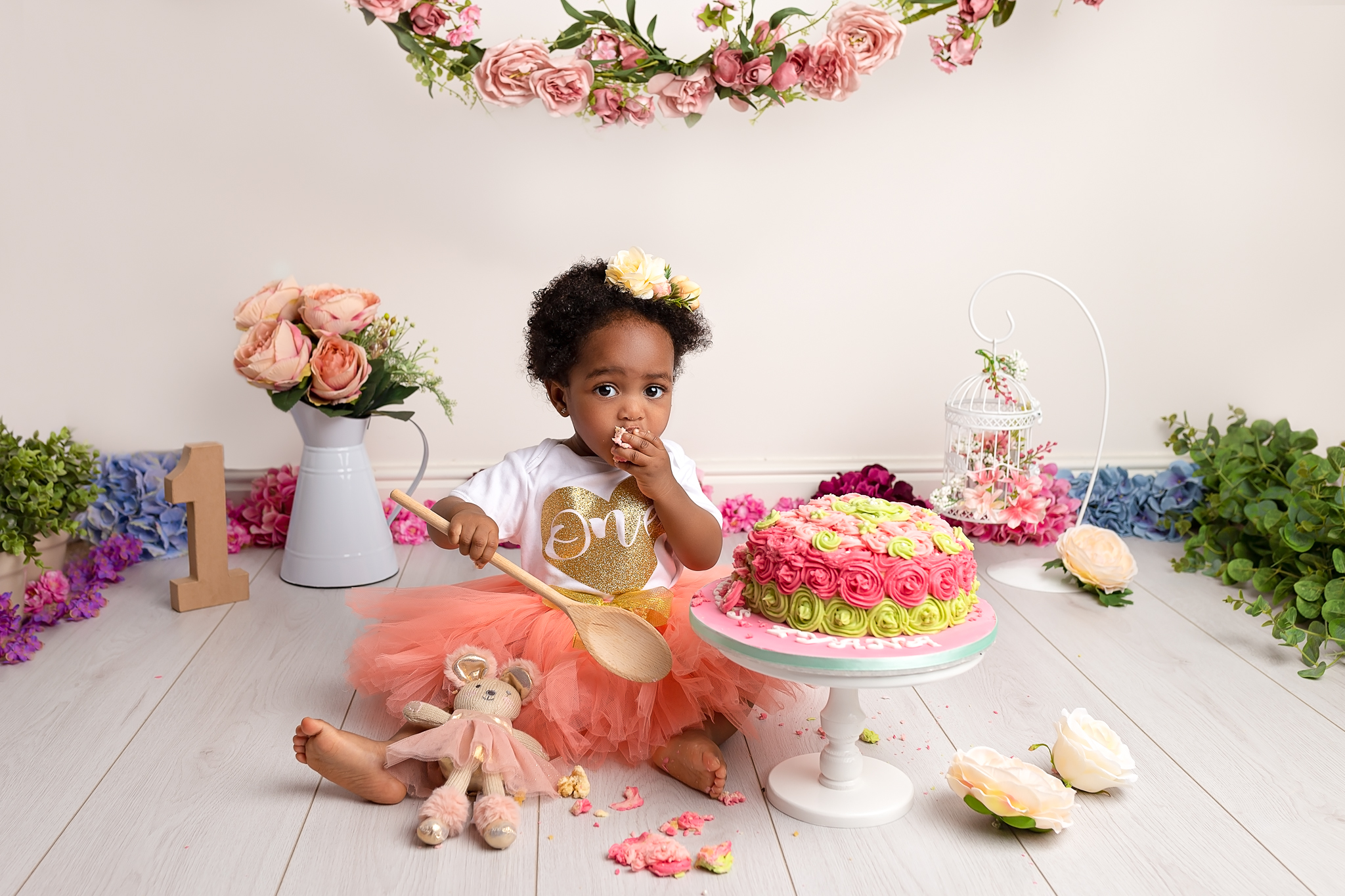Professional baby photography Leeds, Bradford, York, Harrogate, Wakefield: baby girl cake smash session in Leeds, West Yorkshire