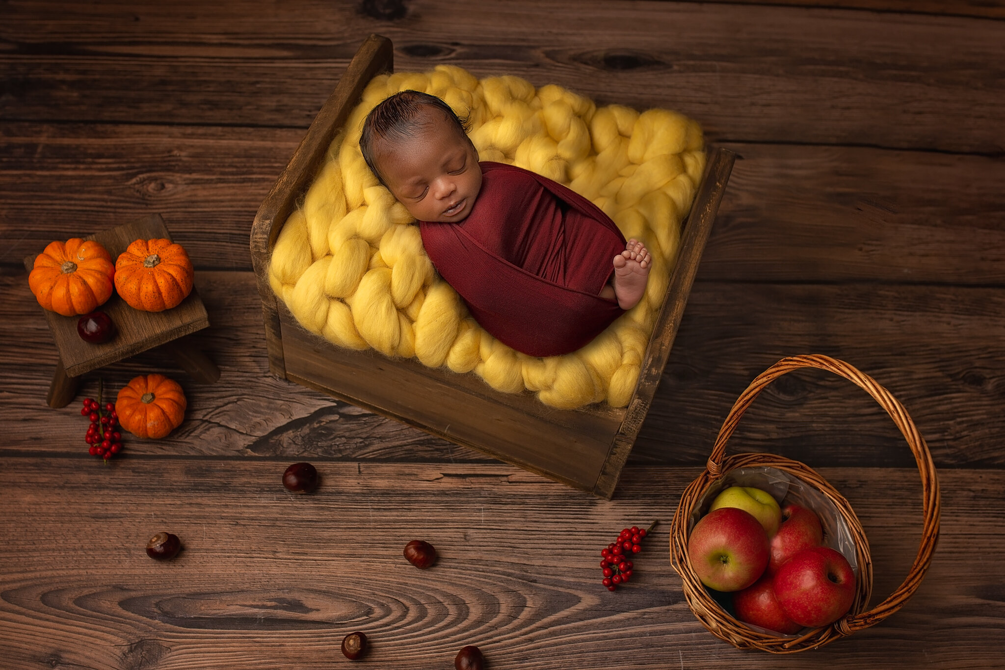 Professional newborn photography Leeds, York, Bradford, Wakefield, Harrogate, Huddersfield: autumn inspired newborn session in Leeds, West Yorkshire