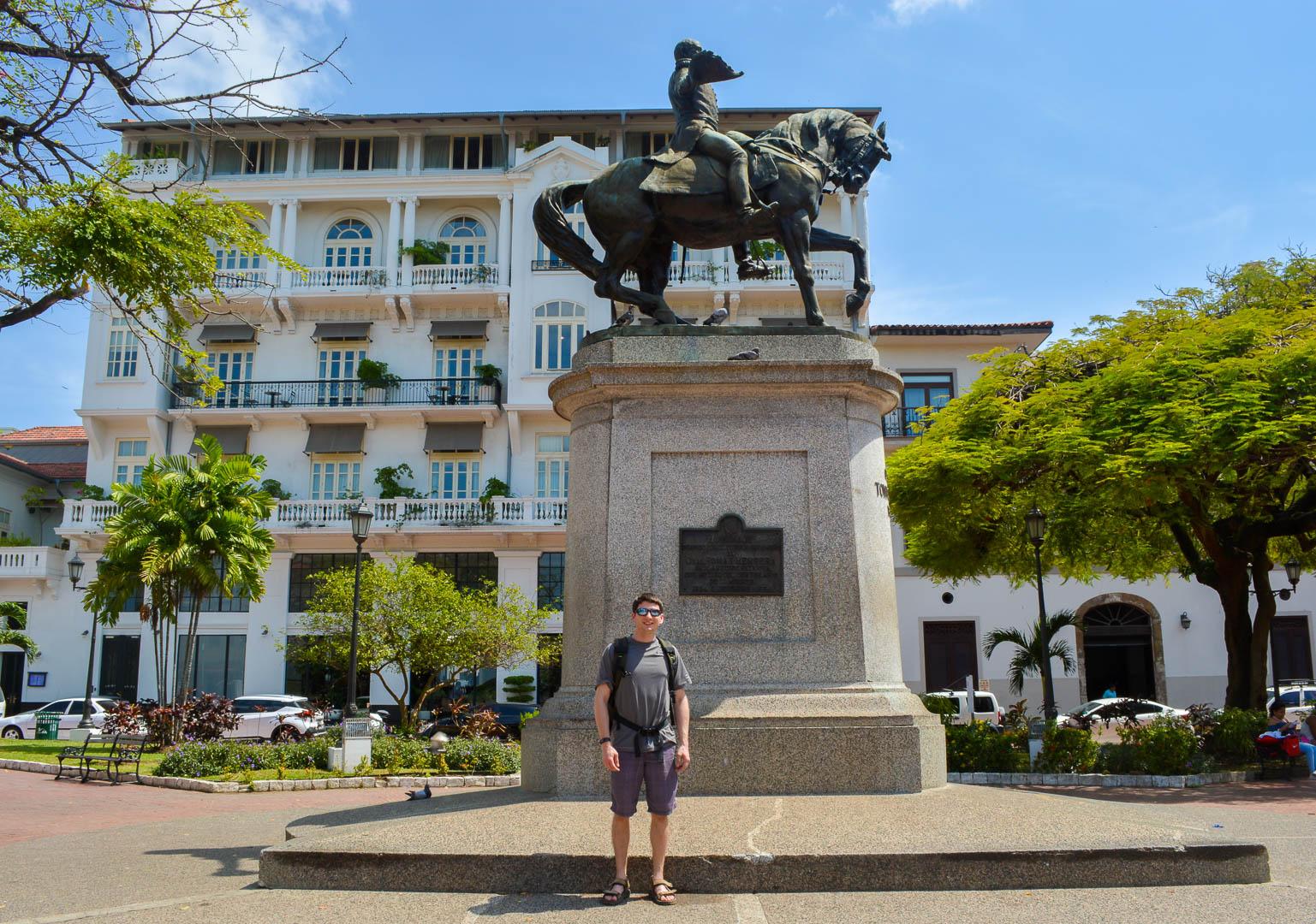 Statue of Tomas Herrera