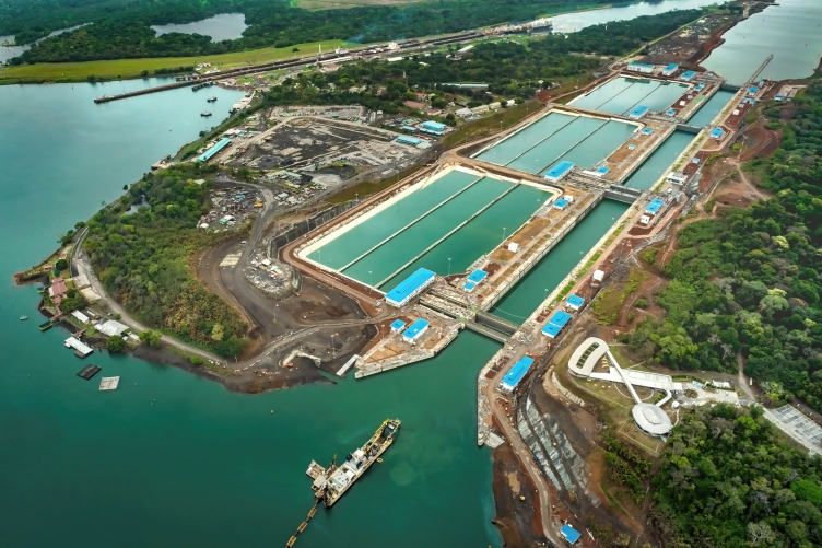 Source: https://fairplay.ihs.com/commerce/article/4269616/panama-canal-expansion-container-sector-outlook