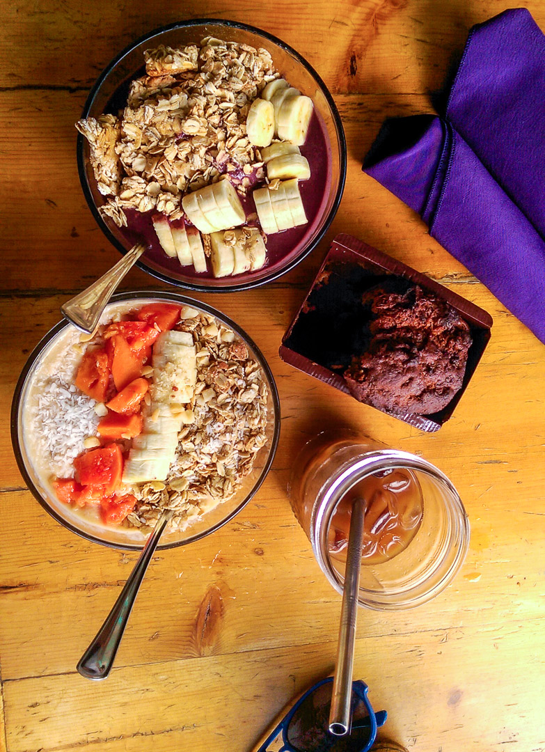 Smoothie bowls, fresh baked banana bread, and iced coffee…basic, but so freaking delicious