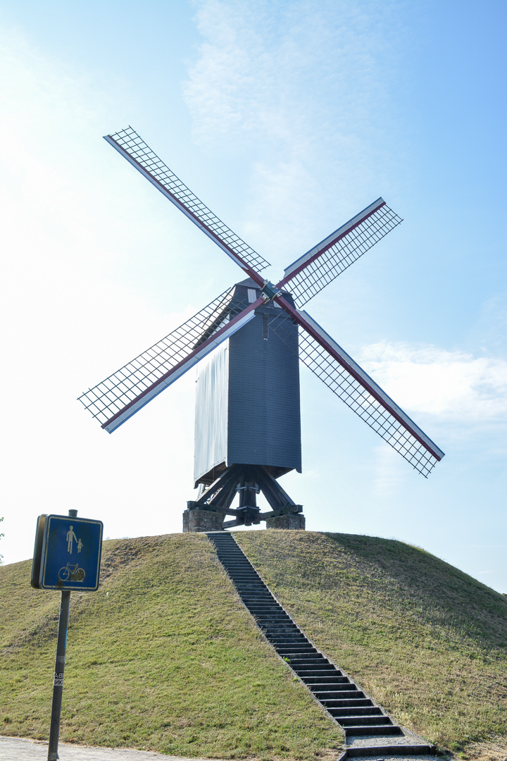 We went to the windmills that line the outside of the city center