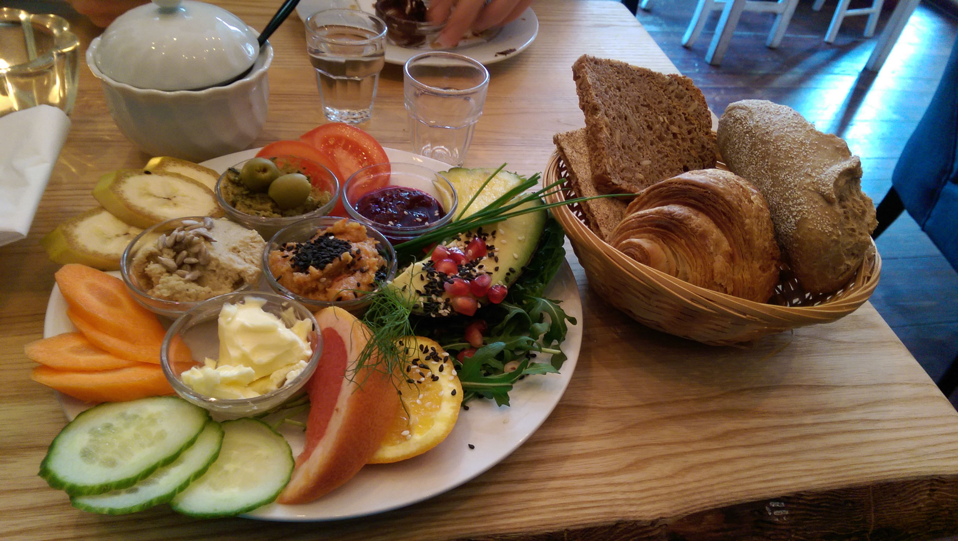 My vegan spread at Cafe Neue Liebe