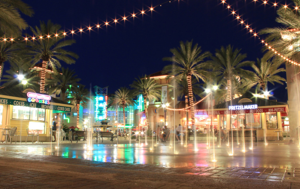 The-Destin-Commons-Mall-1024x647.jpg