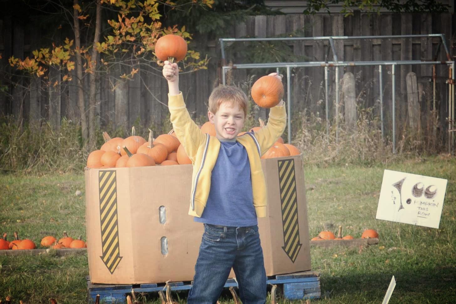 Ryan scores some $1 pumpkins
