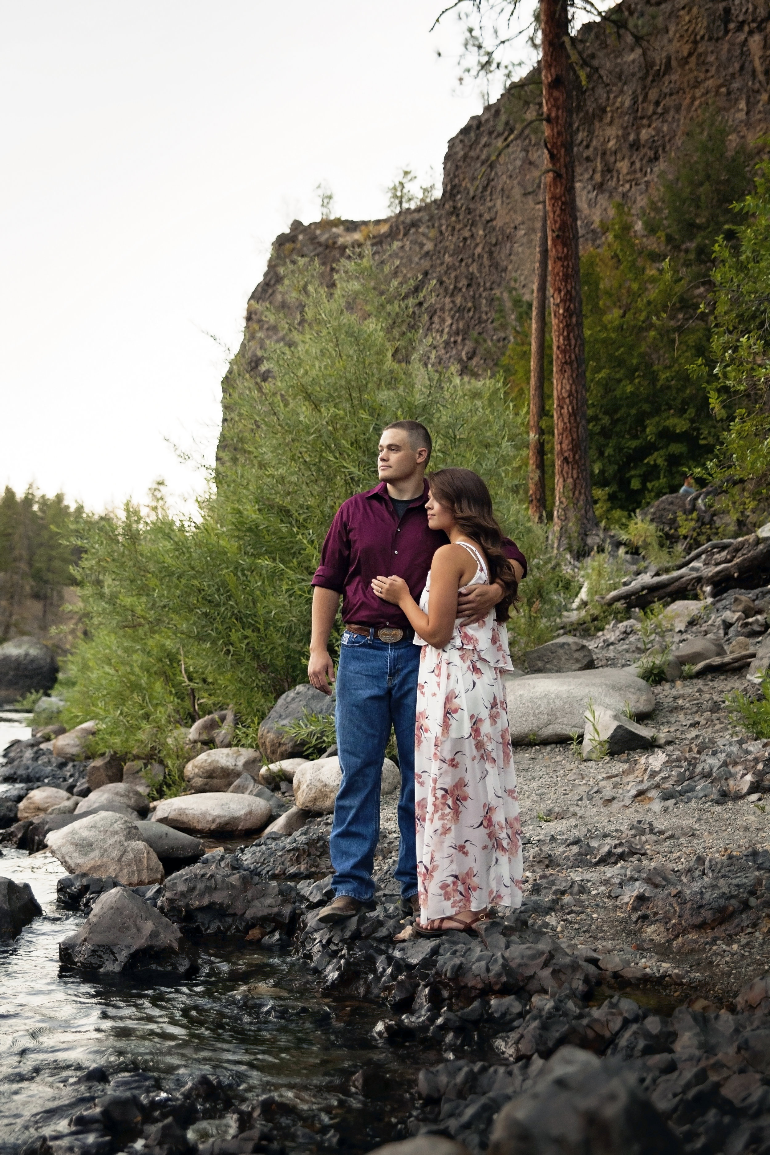 Rivers, rocks, and pine engagement pictures with cheney wa couple from eastern washington university