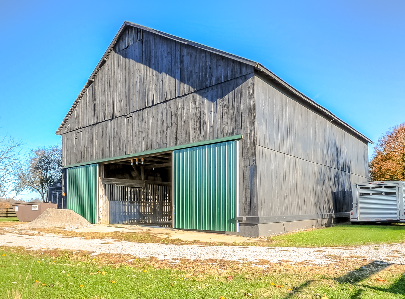 Farms 5 - 25 acres -