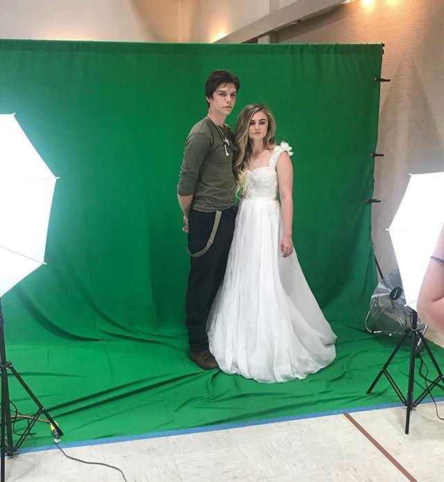 |b r e a t h t a k i n g| • • • These two are so genuinely sweet and the perfect Peter & Wendy.  #thebalayagebae #synergydesignfirm #neverland #peterpan #wendydarling #photoshoot #editorialstylist #photoshoothairstylist #hairstylist #pdx #portland #beauty #celebritystylist #peterpanneverland #neverlandproject #design #photography #eastsidetheatercompany #castandcrew #production #fineartsphotography #bossbabe #mobnw #momtrepreneur