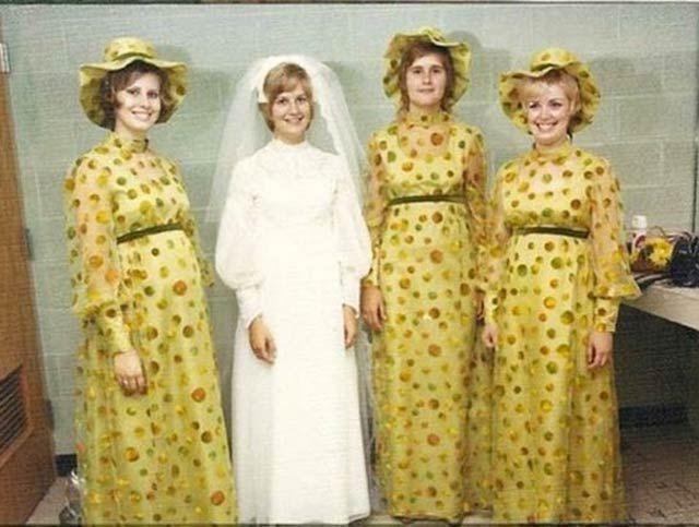 401b73b5b2df864a0d2ee22773dd3a65--yellow-bridesmaid-dresses-be-my-bridesmaid.jpg