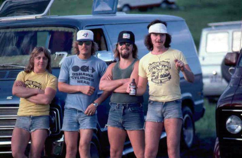 Men+in+shorts+in+the+1970s+(1+a).jpg