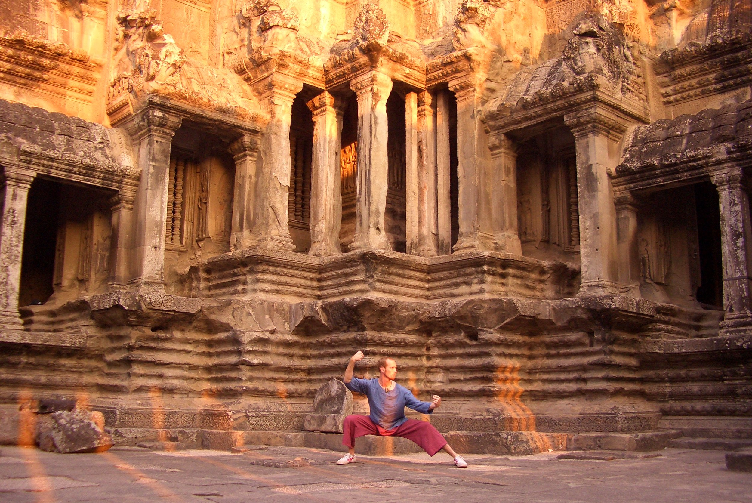 Sunrise Taiji practice (Angkor Wat, Cambodia)