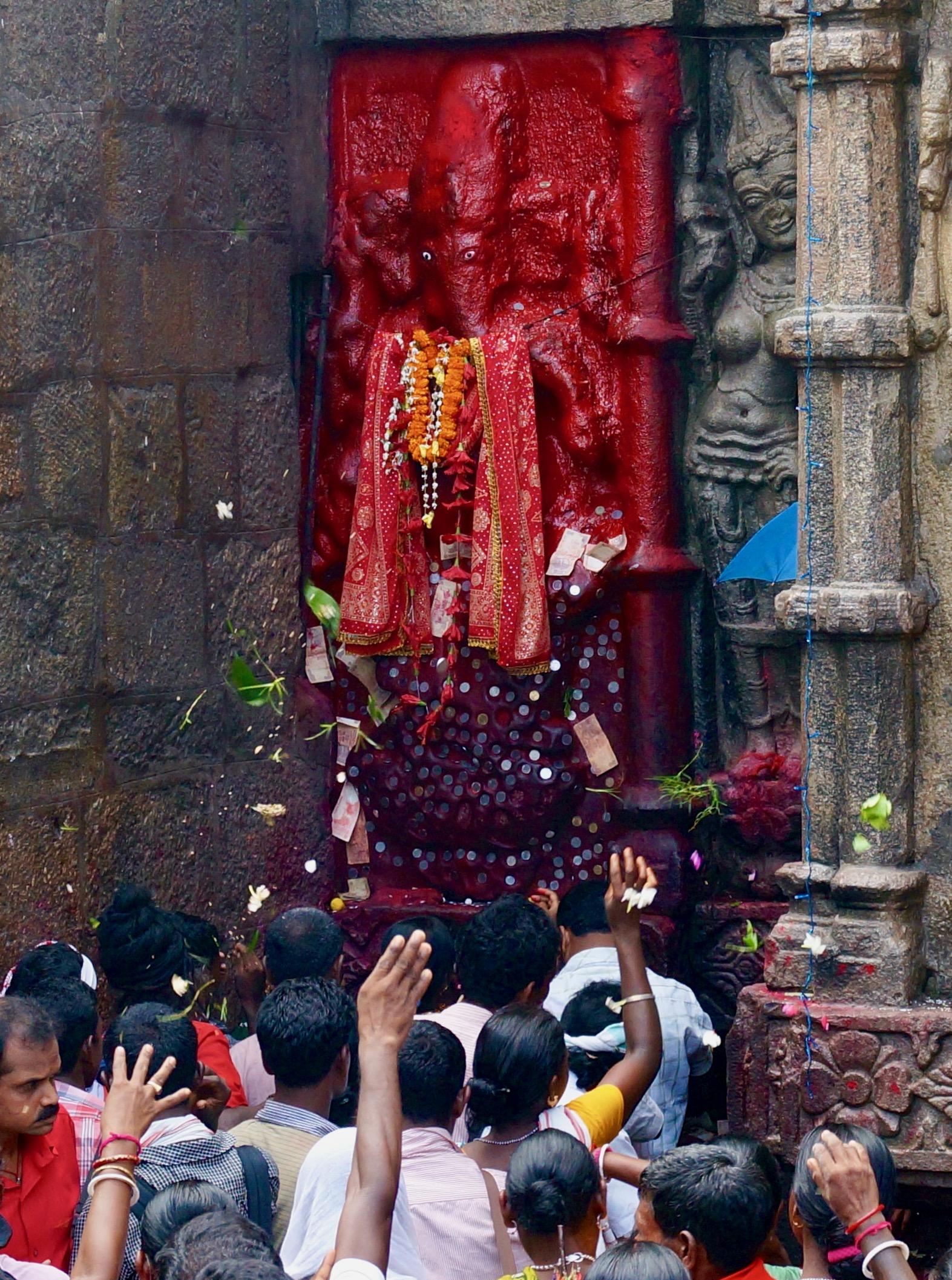 Jaya Ganesh! (Kamakhya Temple, Guwahati)