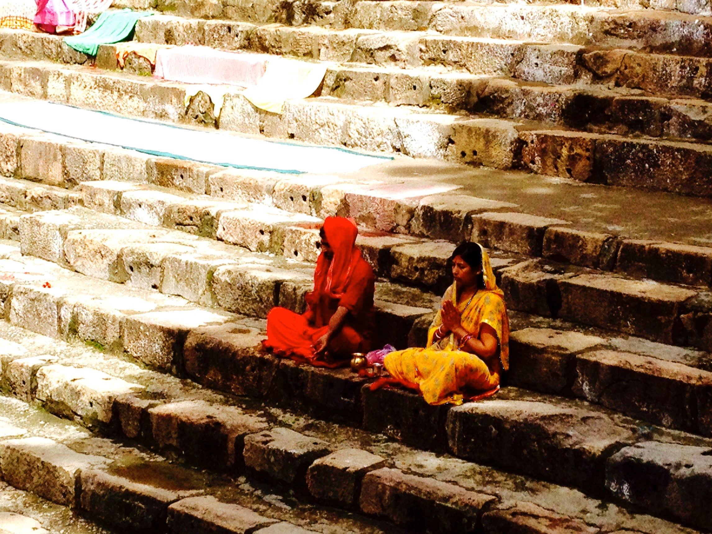 Devotees offer prayers (Kamakhya Temple, Guwahati)