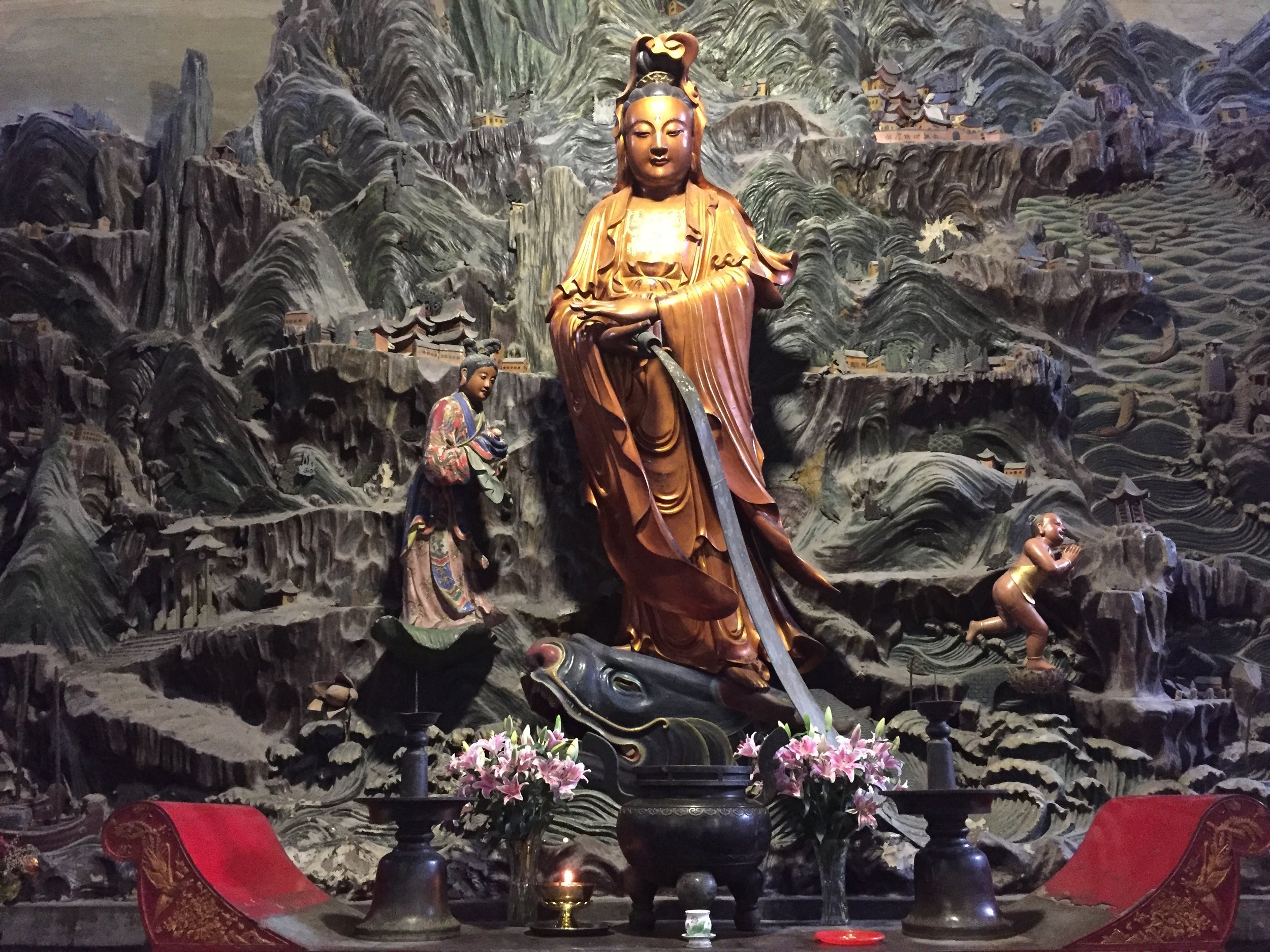 Guanyin, Goddess of Compassion, gracefully presides over Guoqing Temple (Mount Tiantai, Zhejiang)