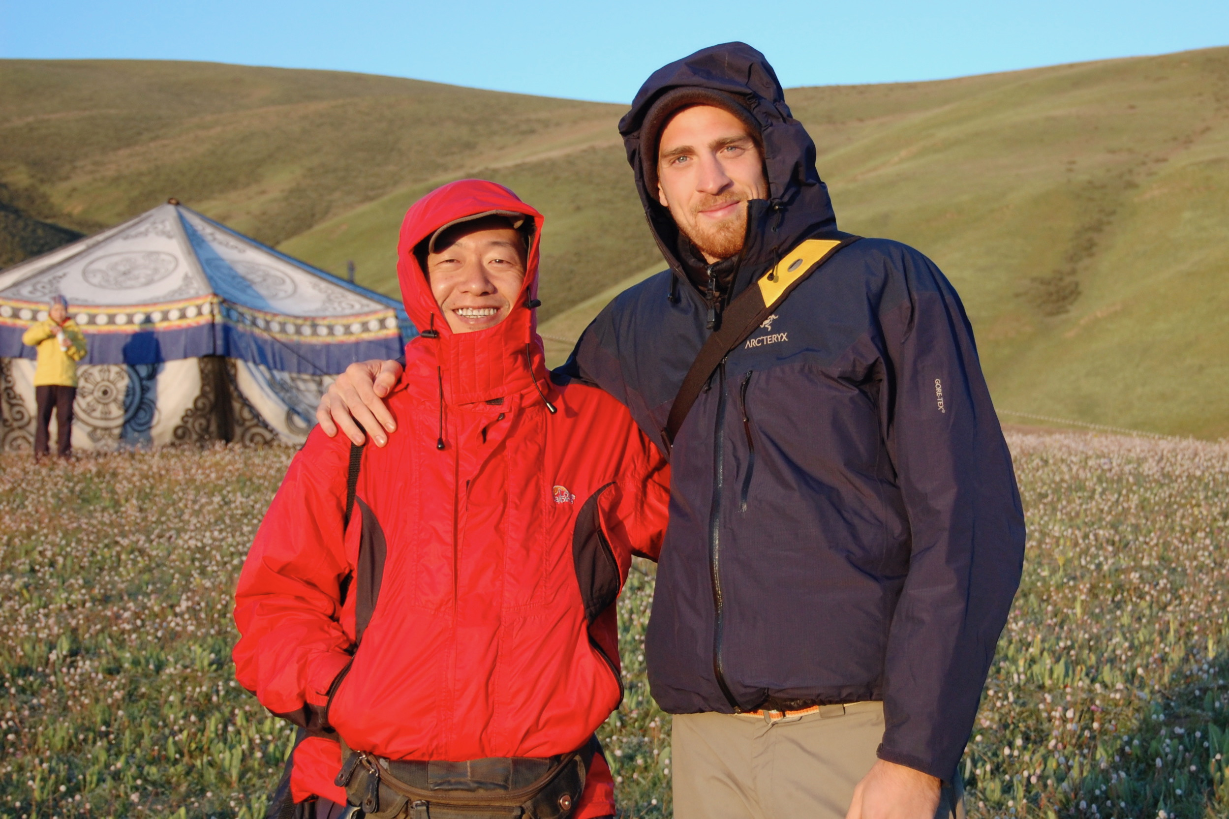 Sunrise on the high plateau with Dr. Li Xin (Kham Region, Sichuan)
