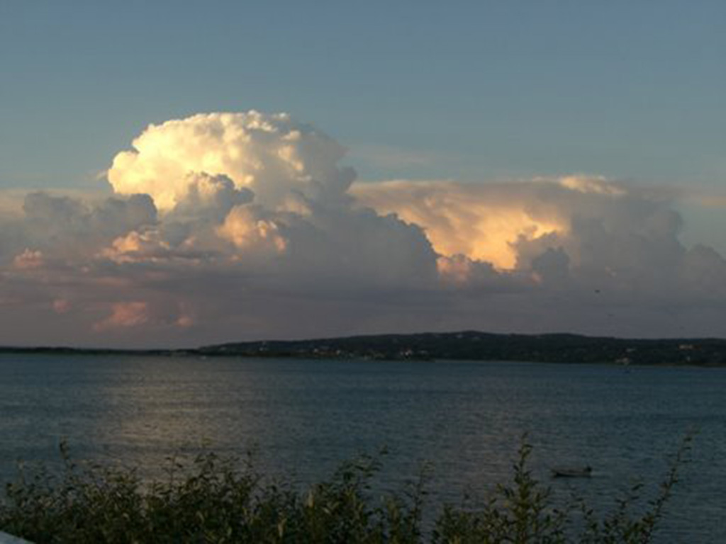 2.cauliflower-cloud-menemsha.jpg