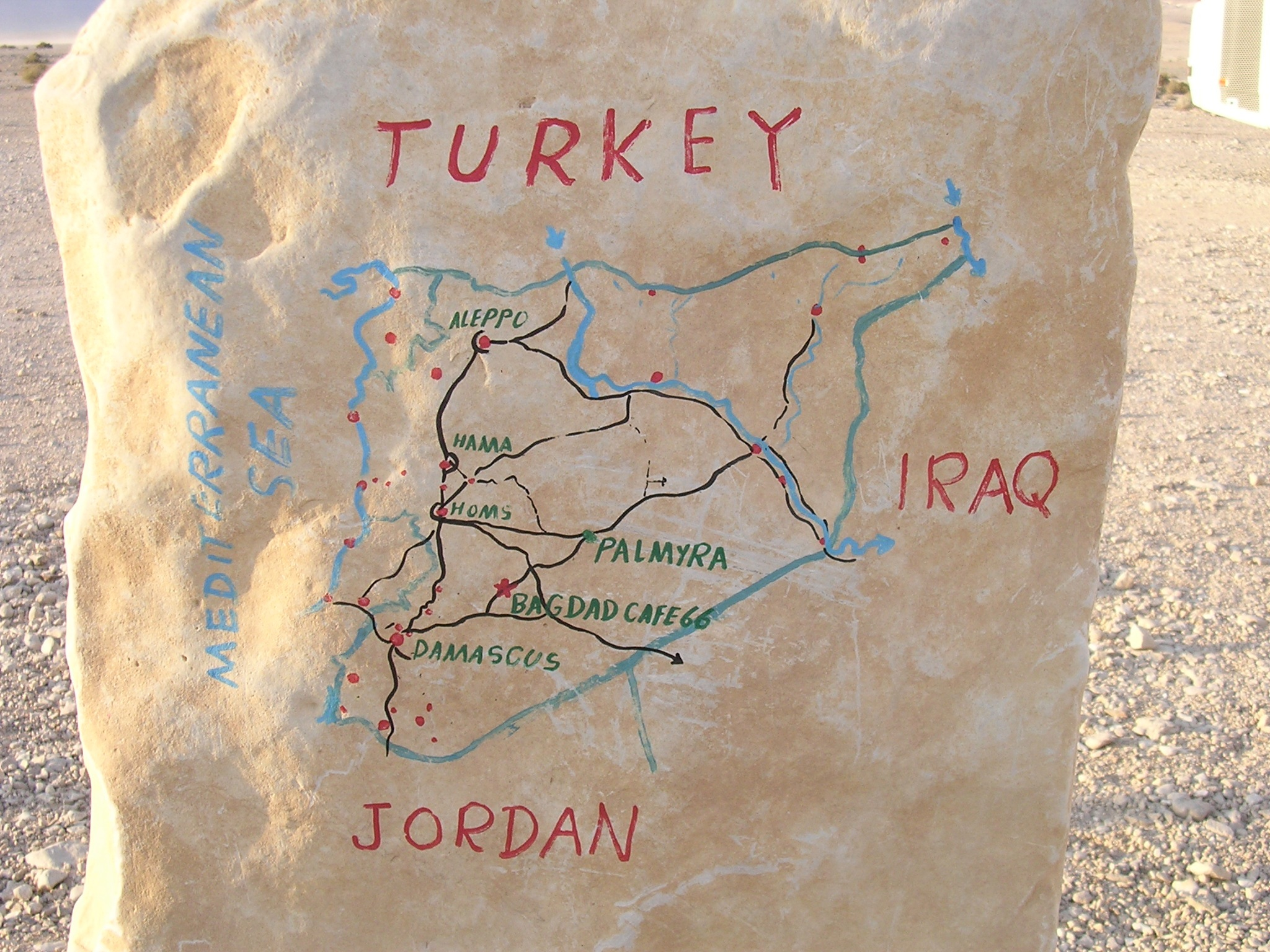 6.map-at-bagdad-cafe.jpg