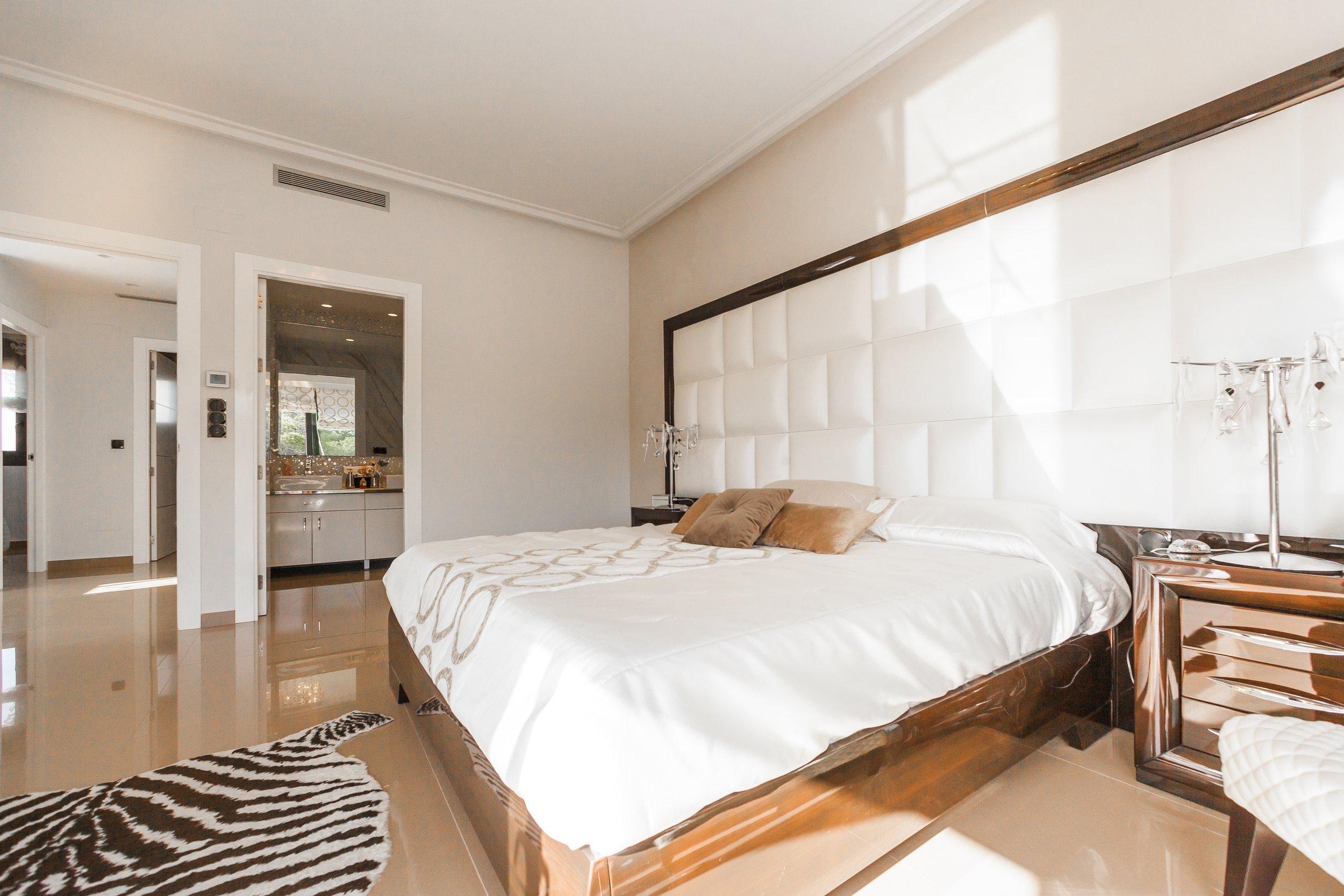 bedroom_16.jpg
