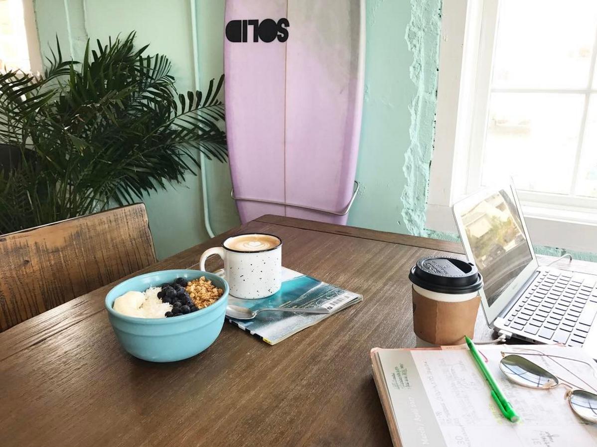 SUNdays Surf Cafe