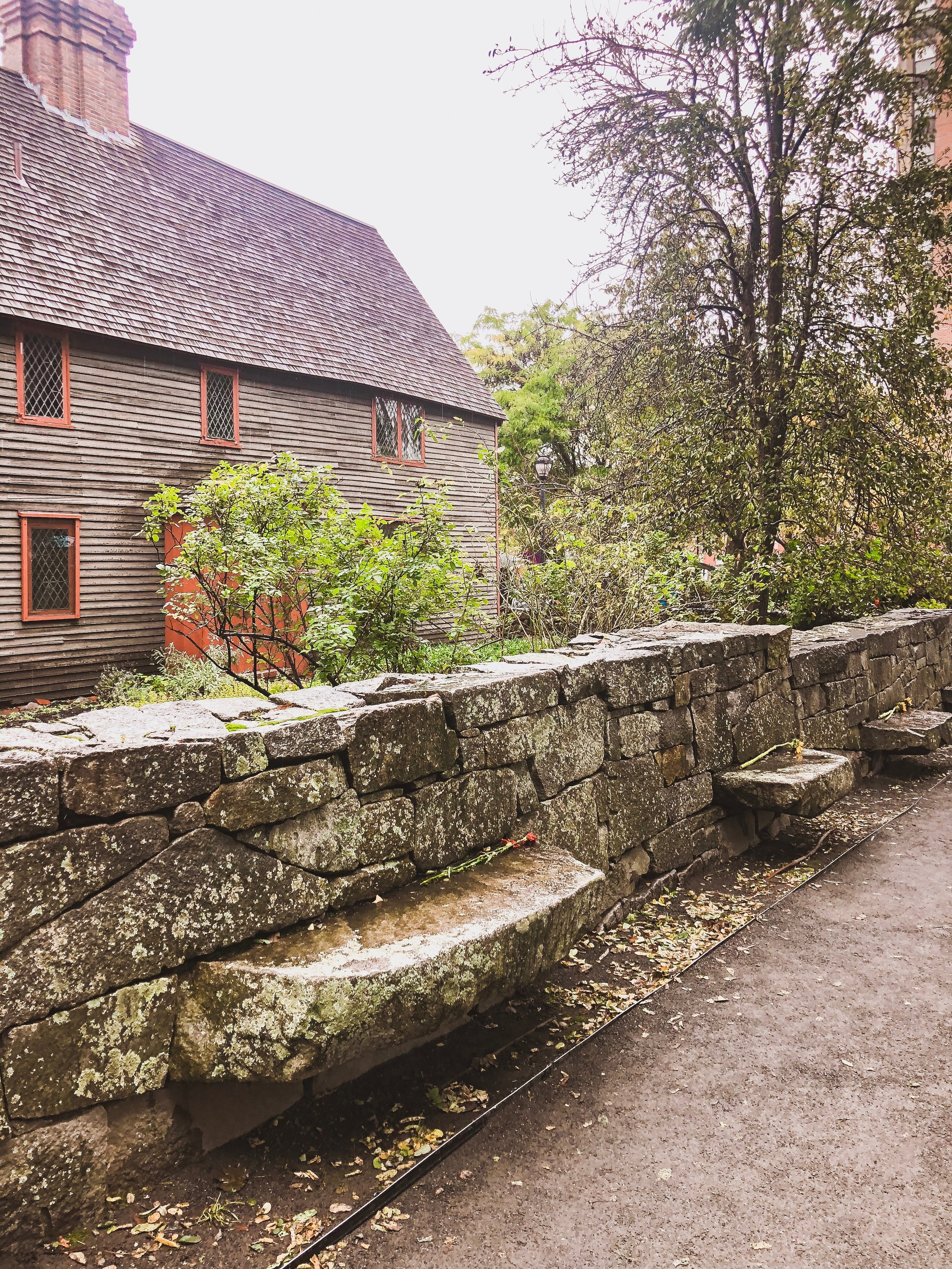 Salem, Massachusetts Travel Guide: Salem Witch Trials Memorial