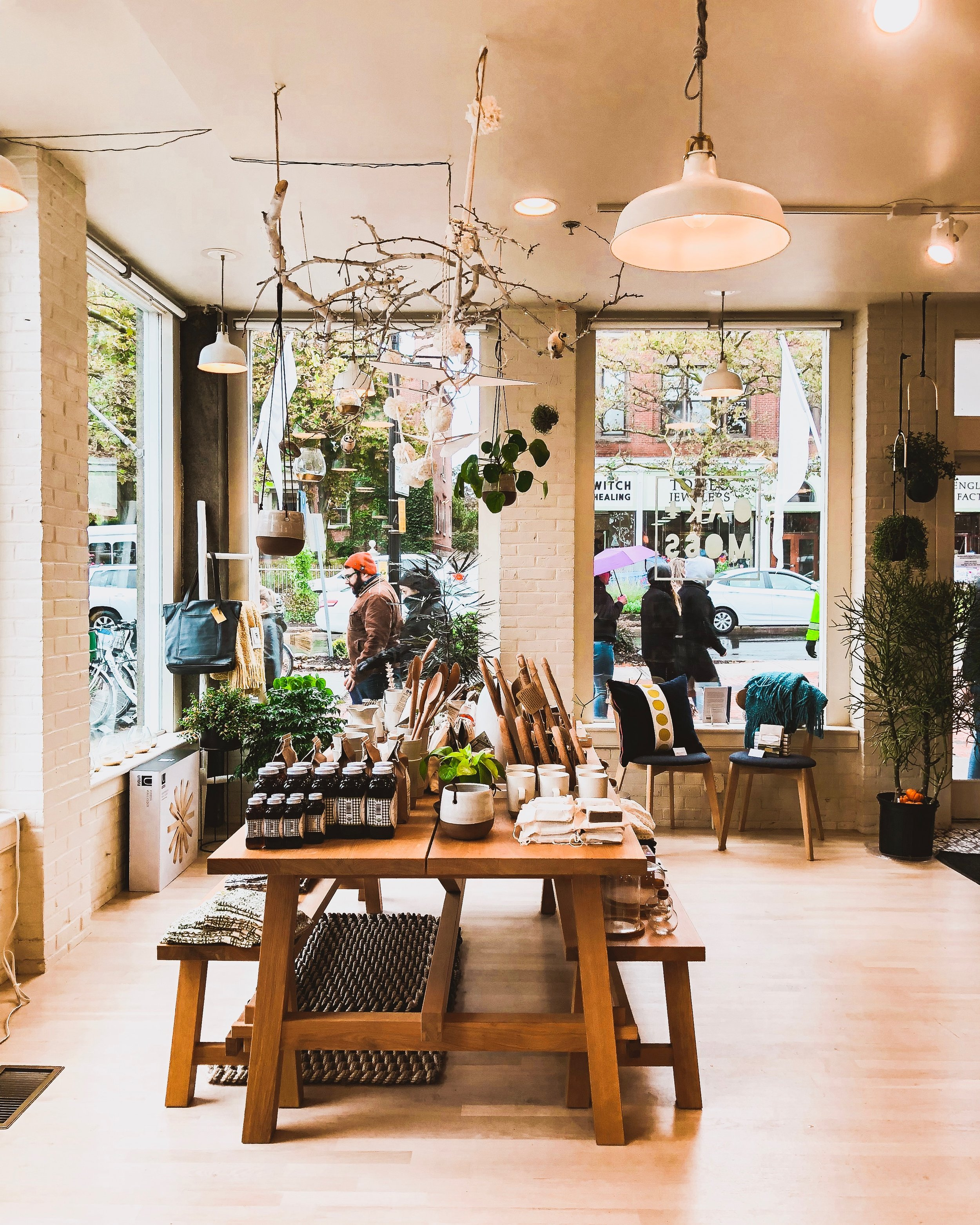 Salem, Massachusetts Travel Guide: OAK + MOSS Shop