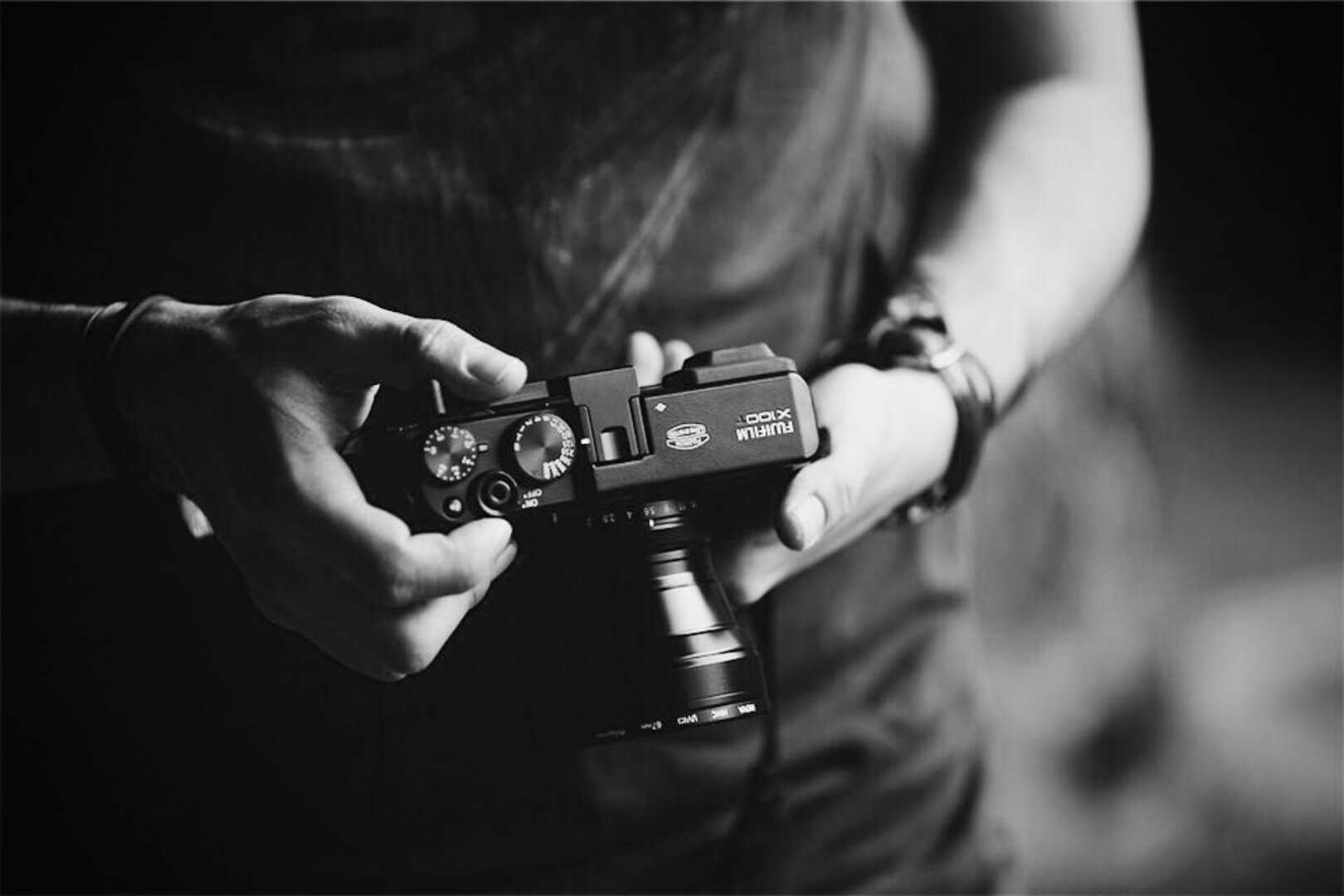 X100T with TCL-100.jpg