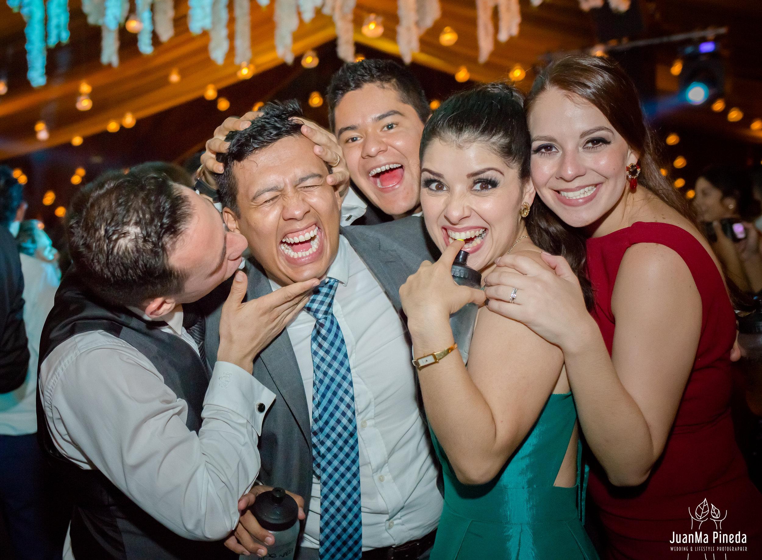 Wedding+Day+Photographer-1-7.jpg