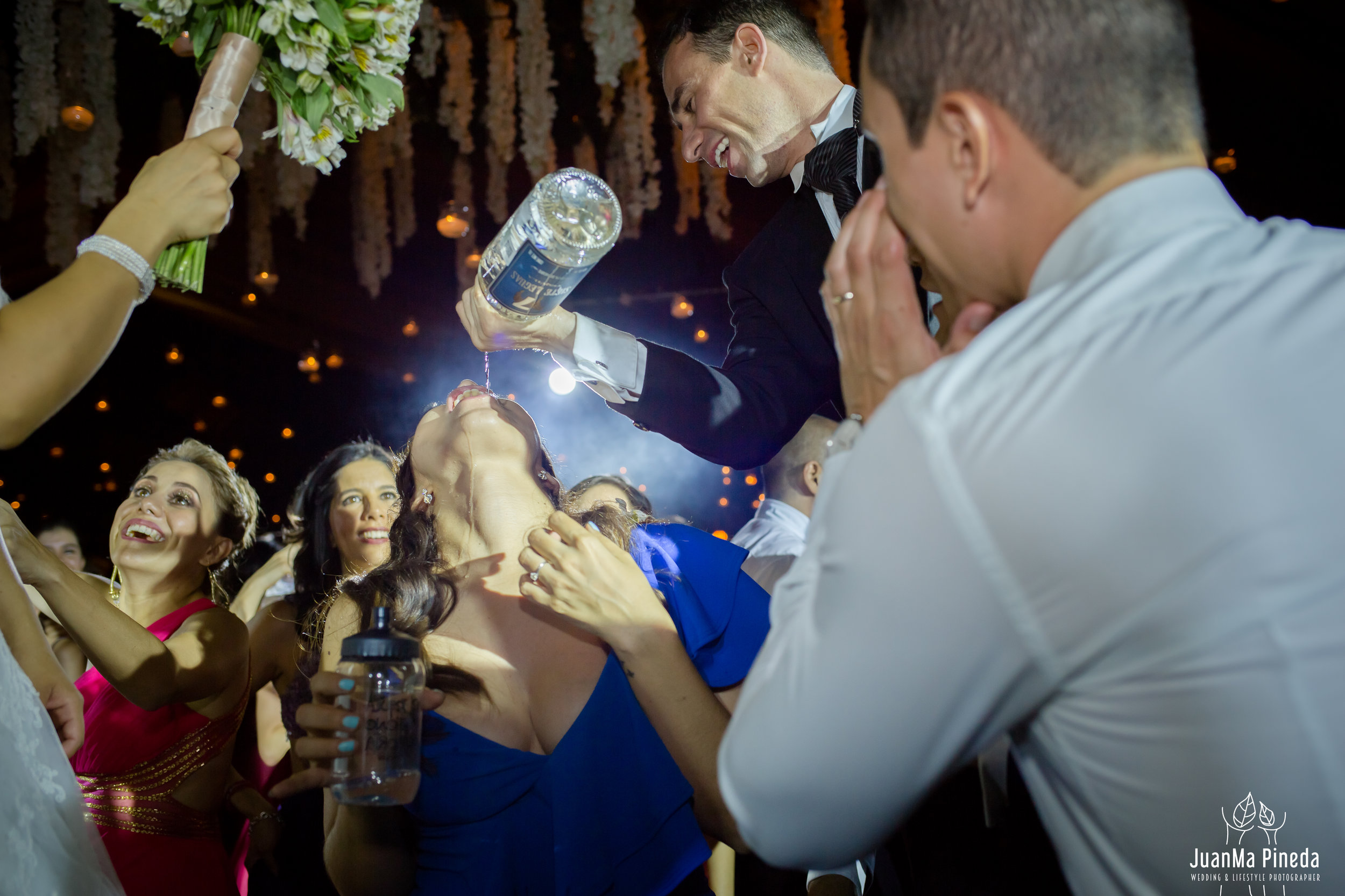 Wedding+Day+Photographer-1-10.jpg