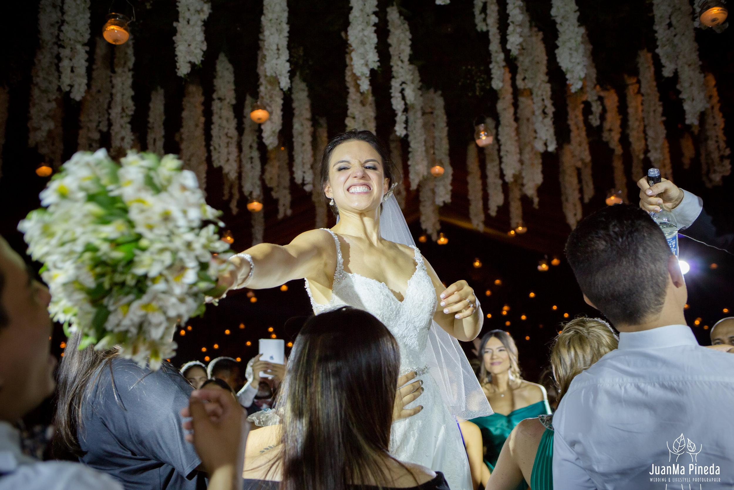 Wedding+Day+Photographer-1-12.jpg