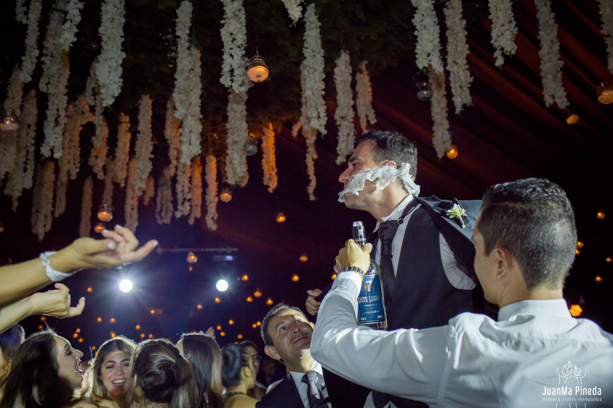 Wedding+Day+Photographer-1-14.jpg