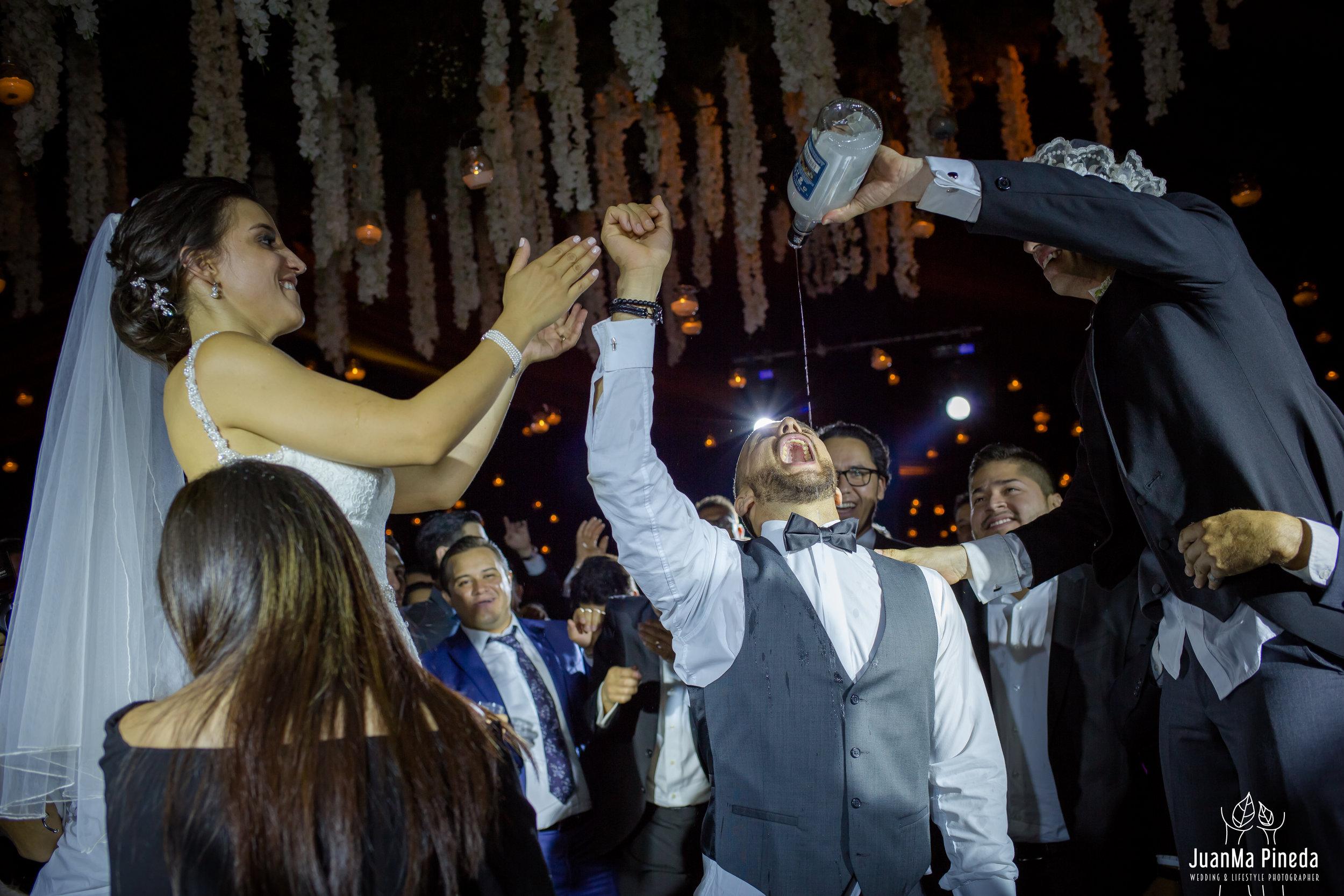 Wedding+Day+Photographer-1-16.jpg
