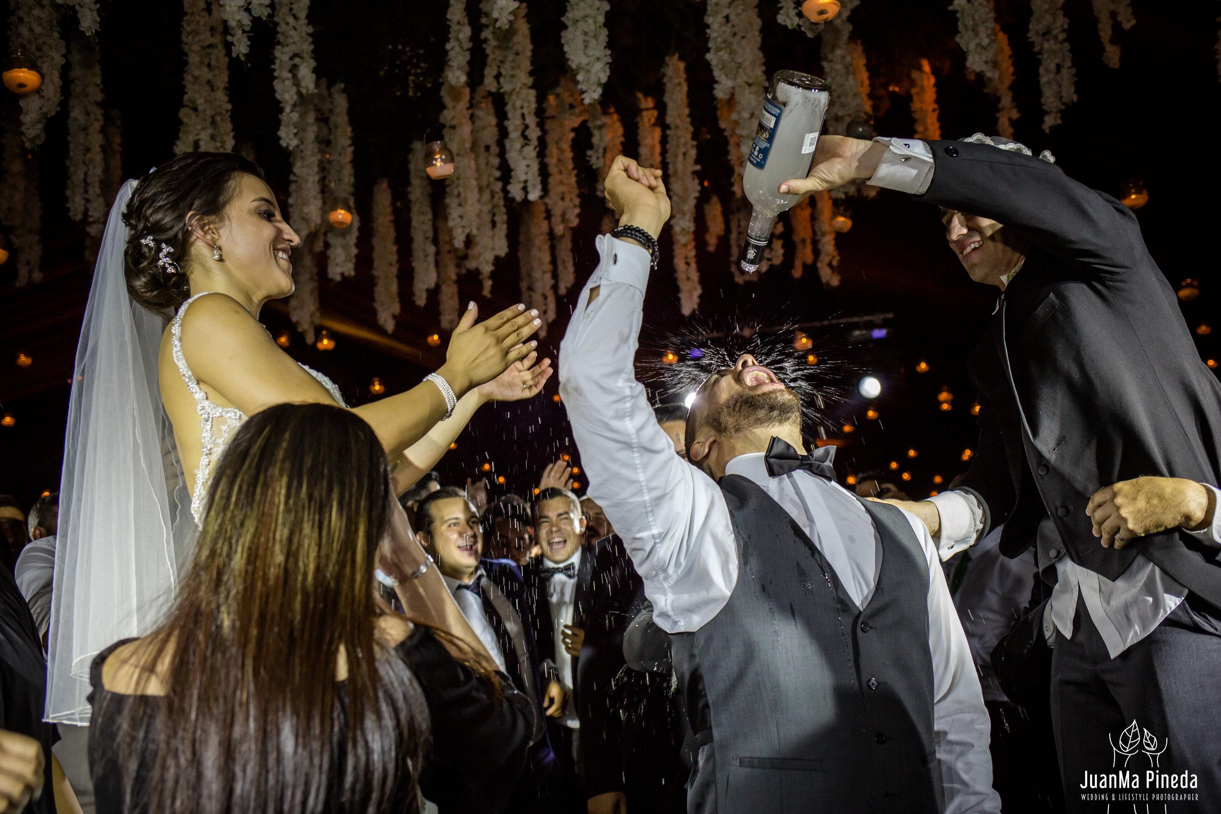 Wedding+Day+Photographer-1-17.jpg