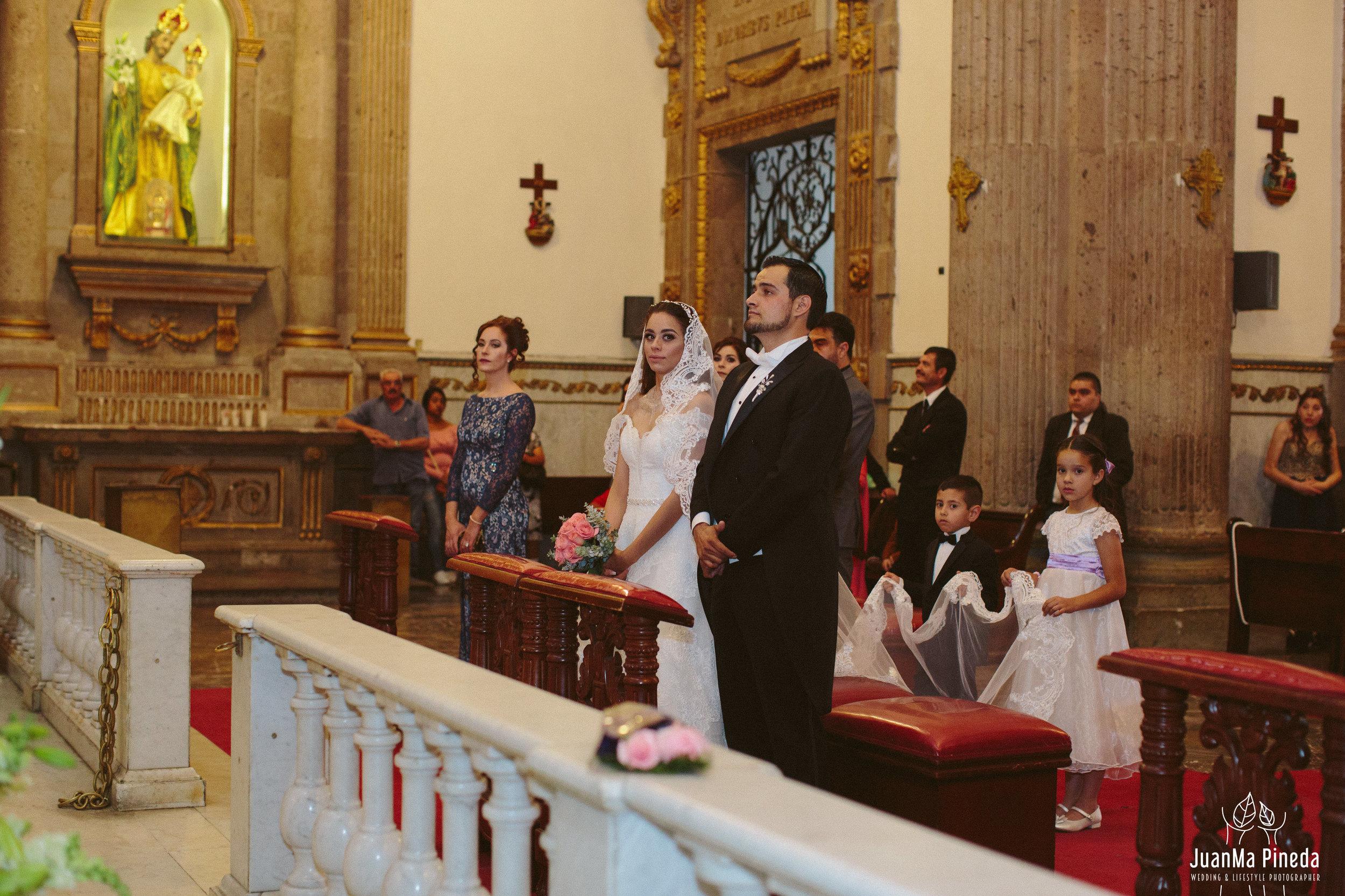 Basilica+Zapopan+Fotografía+Bodas-20.jpg
