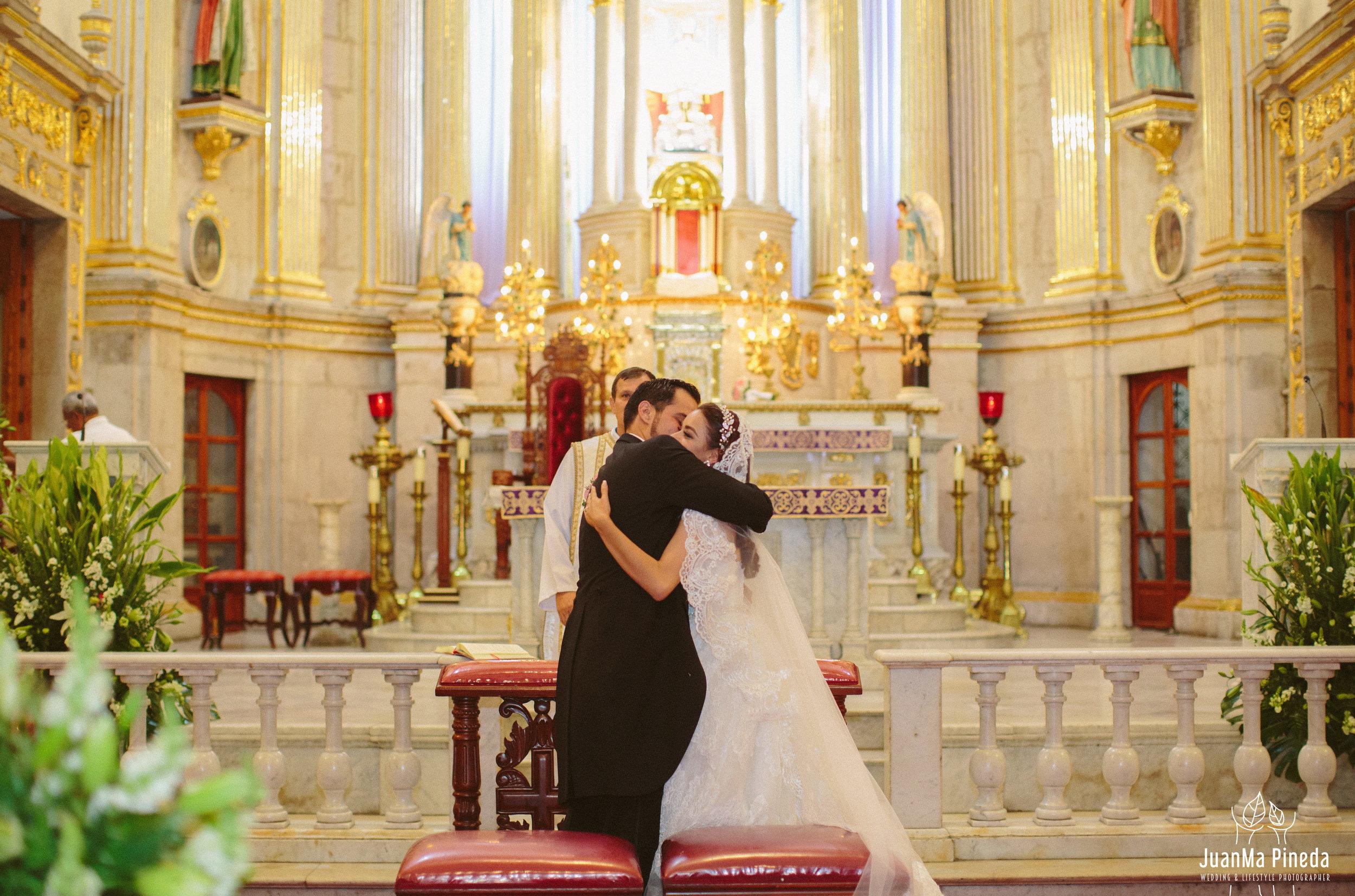 Basilica+Zapopan+Fotografía+Bodas-26.jpg