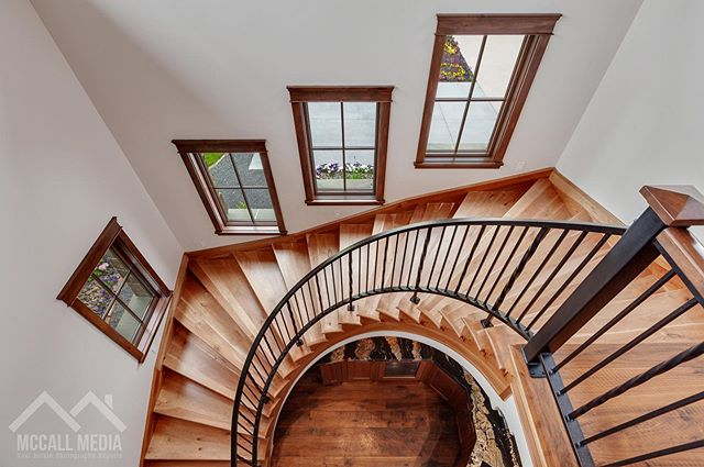 How cool is this staircase?!👌 #CustomHome #Staircase #Architecture #LuxuryHome #McCallMedia
