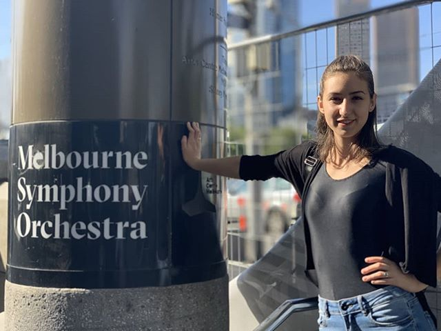 A great week in Melbourne! 🎶 Had a lot of fun playing #mahler10 with the #melbournesymphonyorchestra and got to catch up with the flautist half of a longstanding duo - @yanilly25 who has recently moved here to attend #anam !  #mso #principalharpist #mahler #melbourne #hamerhall #3concerts #geelong #casualmusician #harpist #lyonandhealyharps #practicalharpist