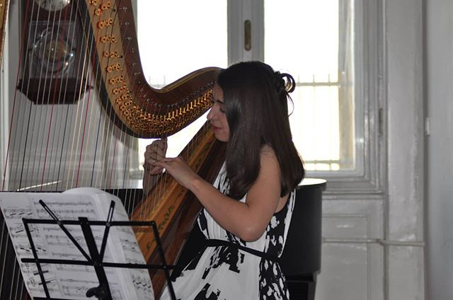 A few snaps from the concert on 2nd of June. It was such a pleasure to be invited to play in the city I studied in and to once again be a part of the #belgradeharpfestival .  #harpist #practicalharpist #ukparobrod #concert #freelancemuaician #travelingmusician #travel #serbia #belgrade #summer