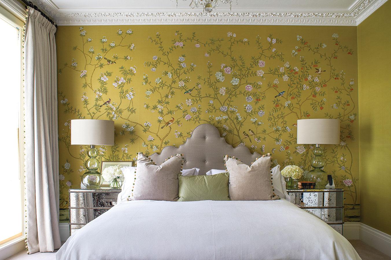 chinoiserie bedroom.jpg