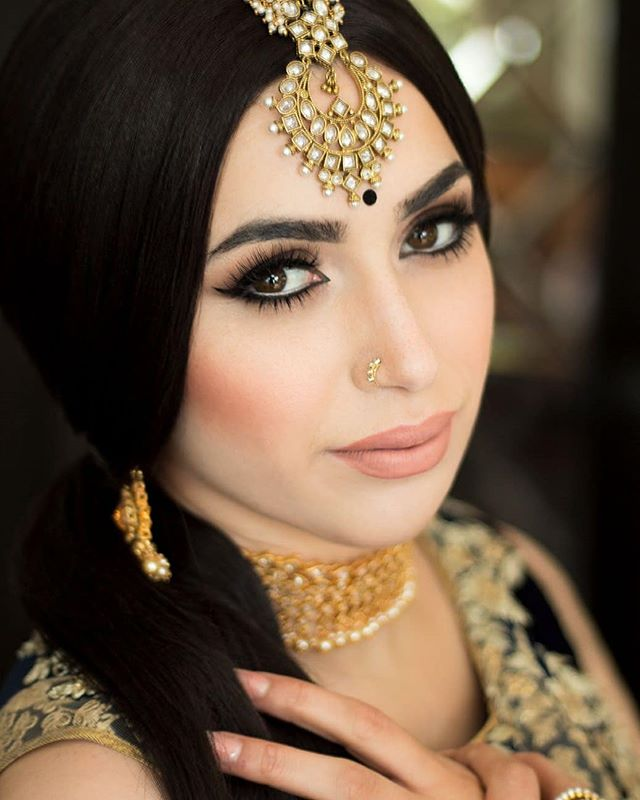 I believe all women are pretty without makeup but the right makeup can be pretty powerful. - Bobbi Brown . Hair & Makeup: @afterglowstudios Model: Mayra @queenflackita @myrafavouritebarber  Headpiece: Manny's Boutique @mannys_boutique Outfit & Bling: Bombay Couture @bombay_couture . Planning a wedding? We are accepting bridal and non-bridal bookings for 2018 and 2019! For bookings and inquiries, please contact Afterglow Studios at 778.995.4777 or info@theafterglow.ca. . . 📷: Rob Montenegro @vanityvancity . . . #vancouvermua #vancitymua #vancityhype #curiocityvan #dailyhivevan #narcityvancouver #vancouverisawesome #vancitybuzz #vancityvogue #discoverportrait #pursuitofportraits #promua #airbrushmakeup #vancouvermakeupartist #vancouverweddingphotographer #pursuepretty #discoverportraits #postitfortheaesthetic #vancouverwedding #weddinginspo #weddingideas #weddingmakeup #weddingmua #hairandmakeup #bridalmakeup #southasianwedding #indianwedding #indianbride #southasianbride #indianweddingbuzz