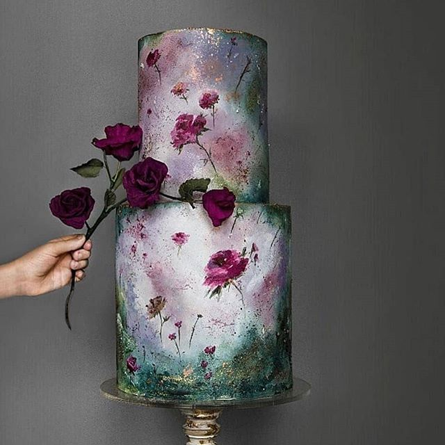 When your wedding cake belongs in a museum... I love the look of this cake because I totally want to do an airbrush of it one day! Would you want to see that?  Photo credit & cake by @lima.cakes  Reposted @pninatornai  #wedding #dreamy #weddinginspo #weddingcakes #bloggers #Indianbrides #southasianbridal #brides #weddingplanning #ido #dreamweddings #cakes #cakeart #bigphatindianweddings #indianweddingbuzz #wedluxe #weddingphotos #weddingflowers #weddings #weddingwire #delicious #toobeautfultoeat #stunning #nomnom #yum #artists #pieceofart