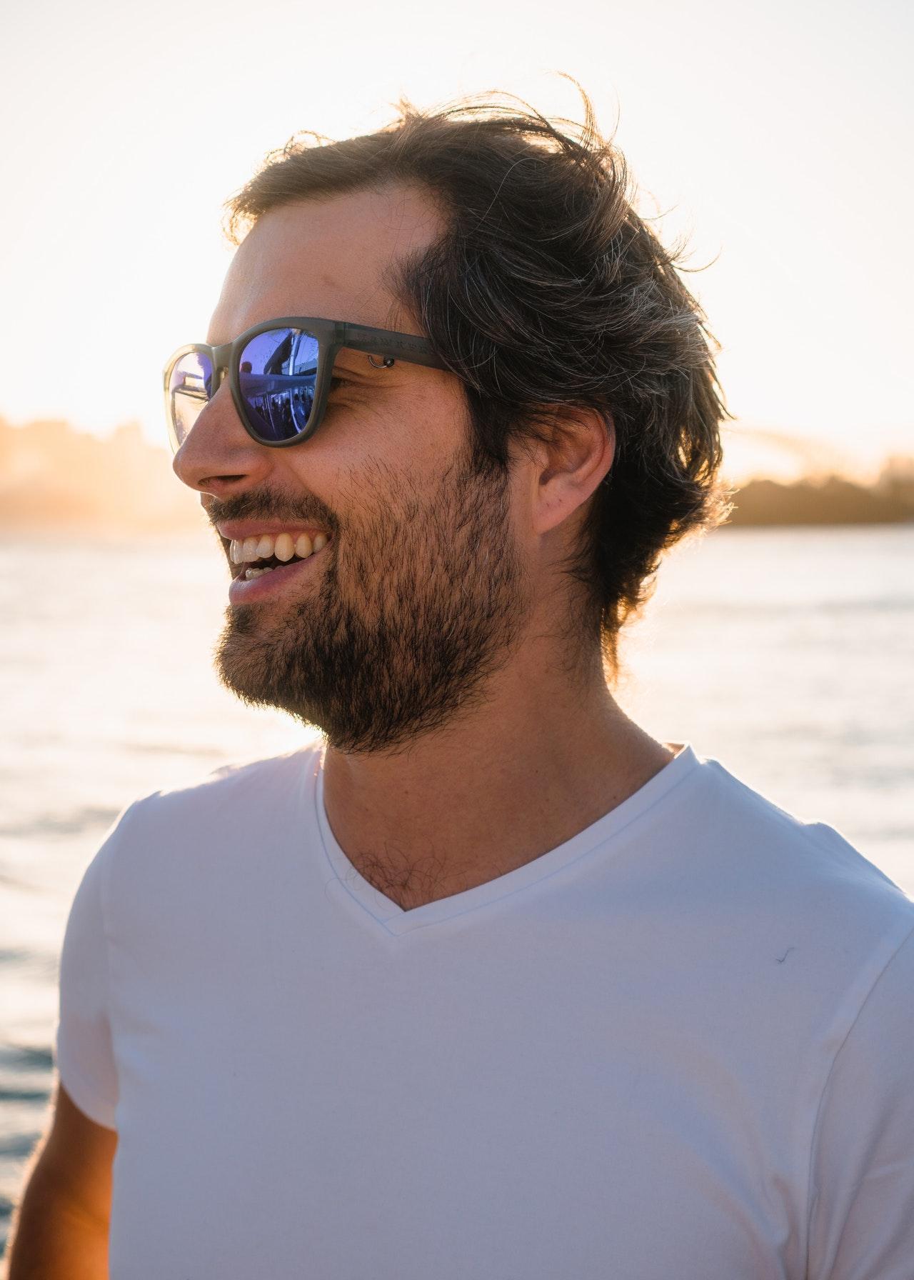 short trimmed beard
