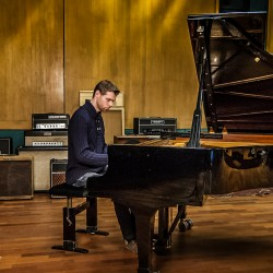 Erik van der Horst - Wisseloord Studio's recording engineer