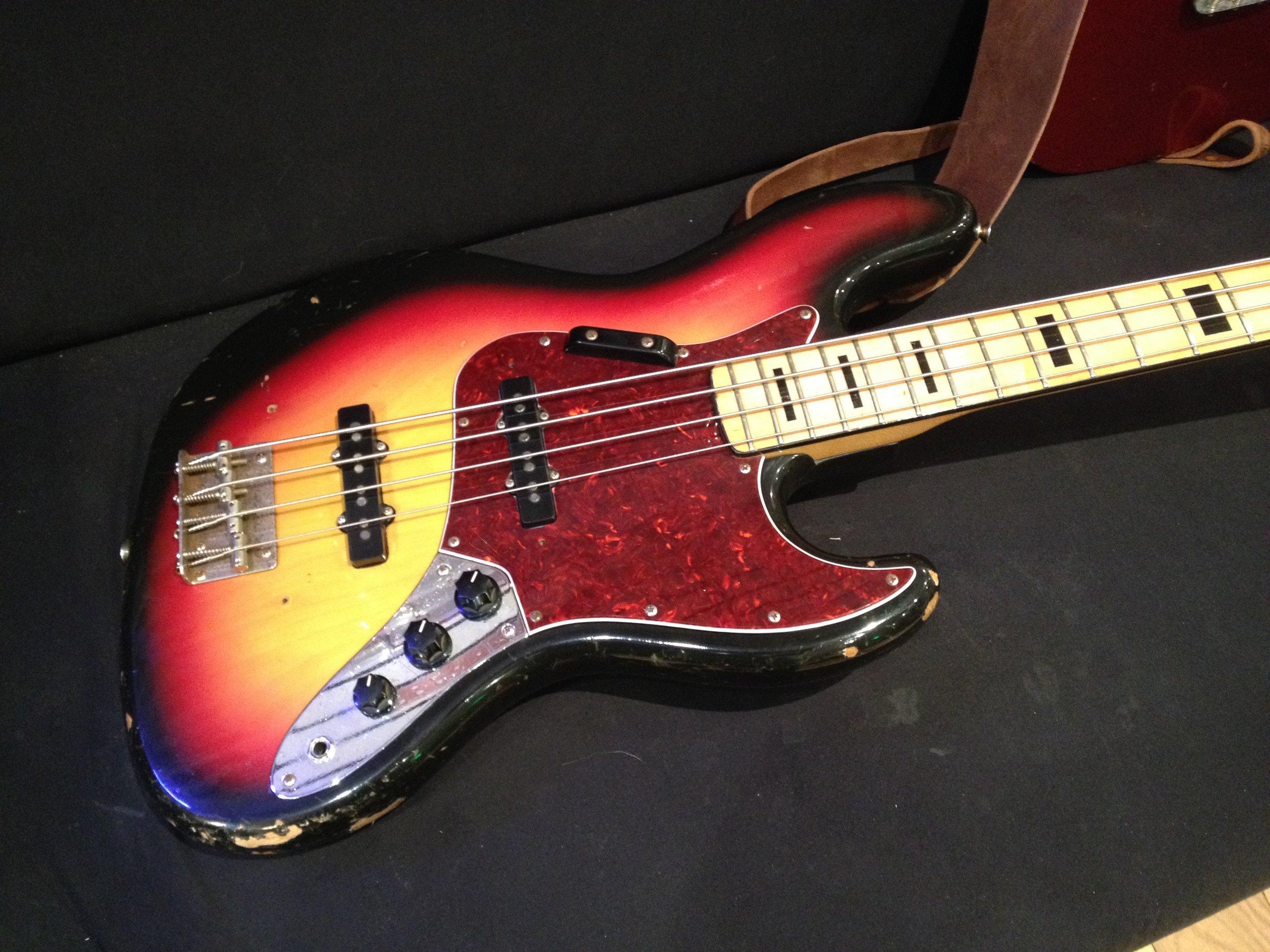 Retro bass guitar awesomeness!