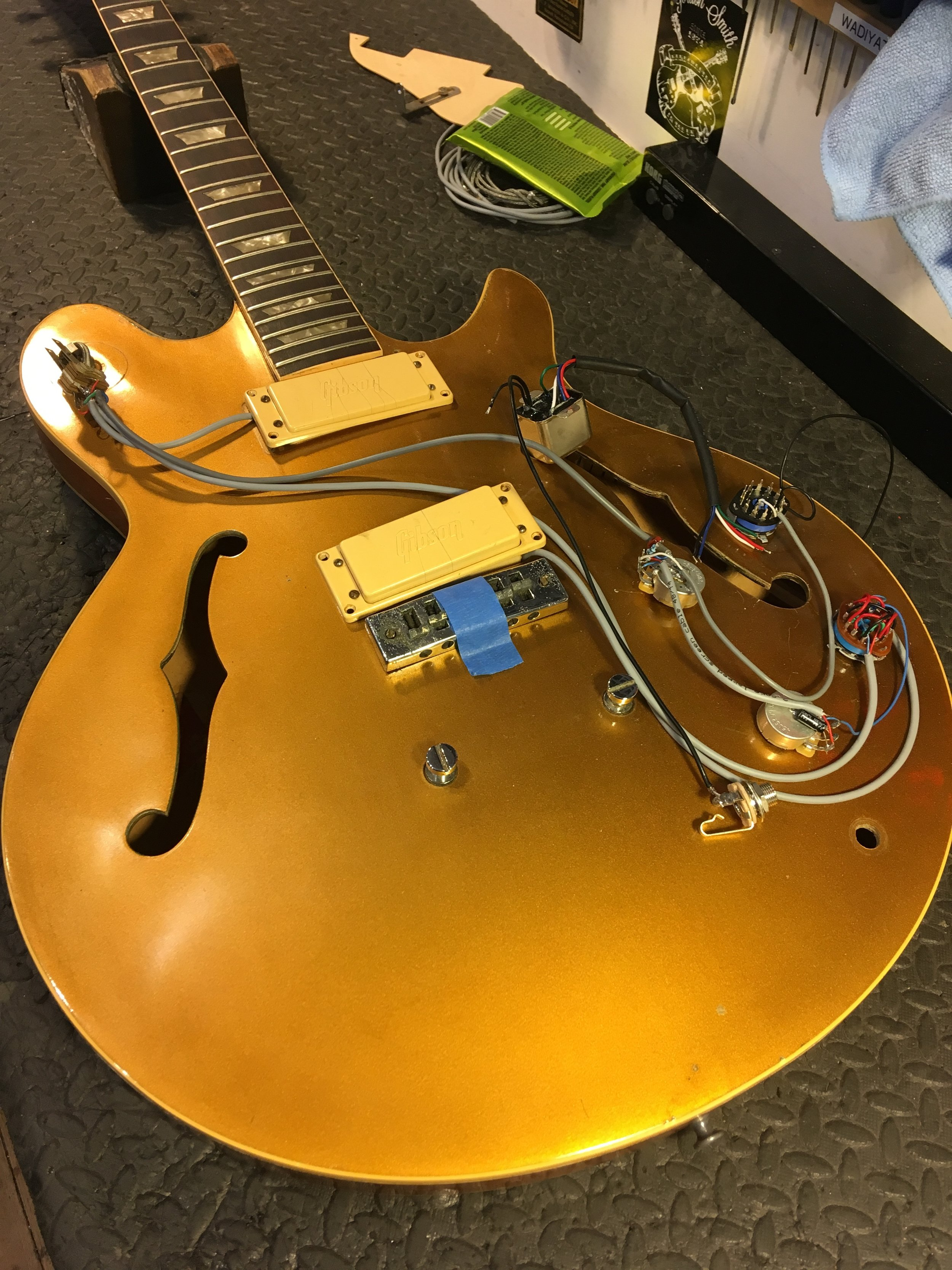 This 1974 Gibson Les Paul Signature had all of its original wiring removed in the late 1980's and hasn't worked since :( After much research and very luckily locating an appropriate transformer it's original low impedance pickups and circuitry once again function as they should :) Click for more pictures!